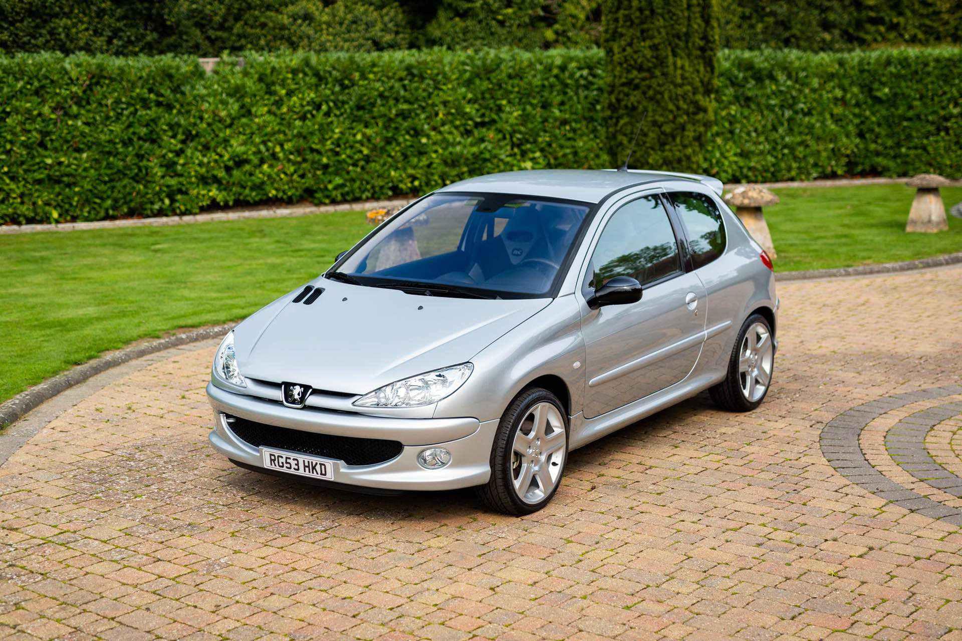 2003_Peugeot_206_RC_sale_0001