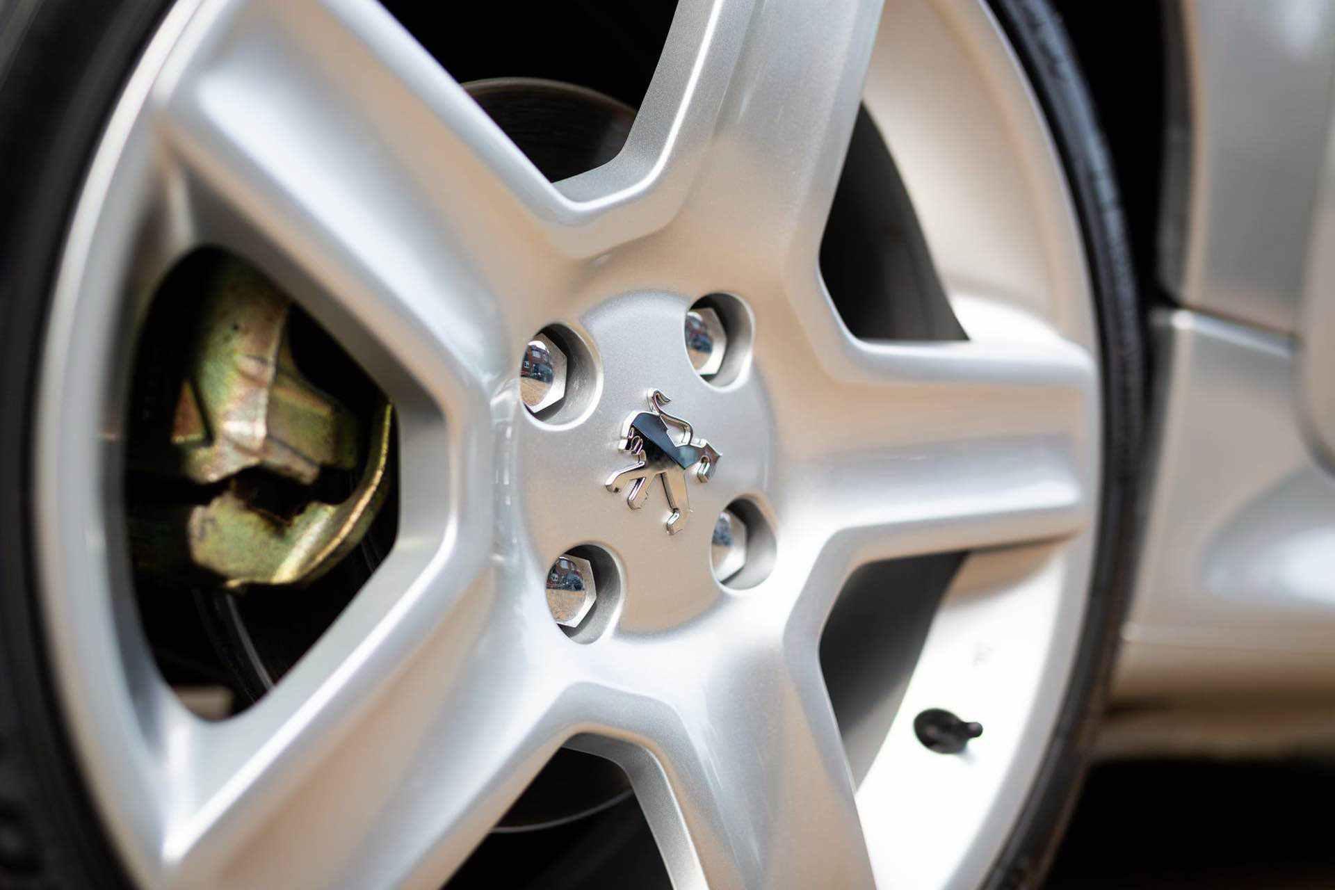 2003_Peugeot_206_RC_sale_0005