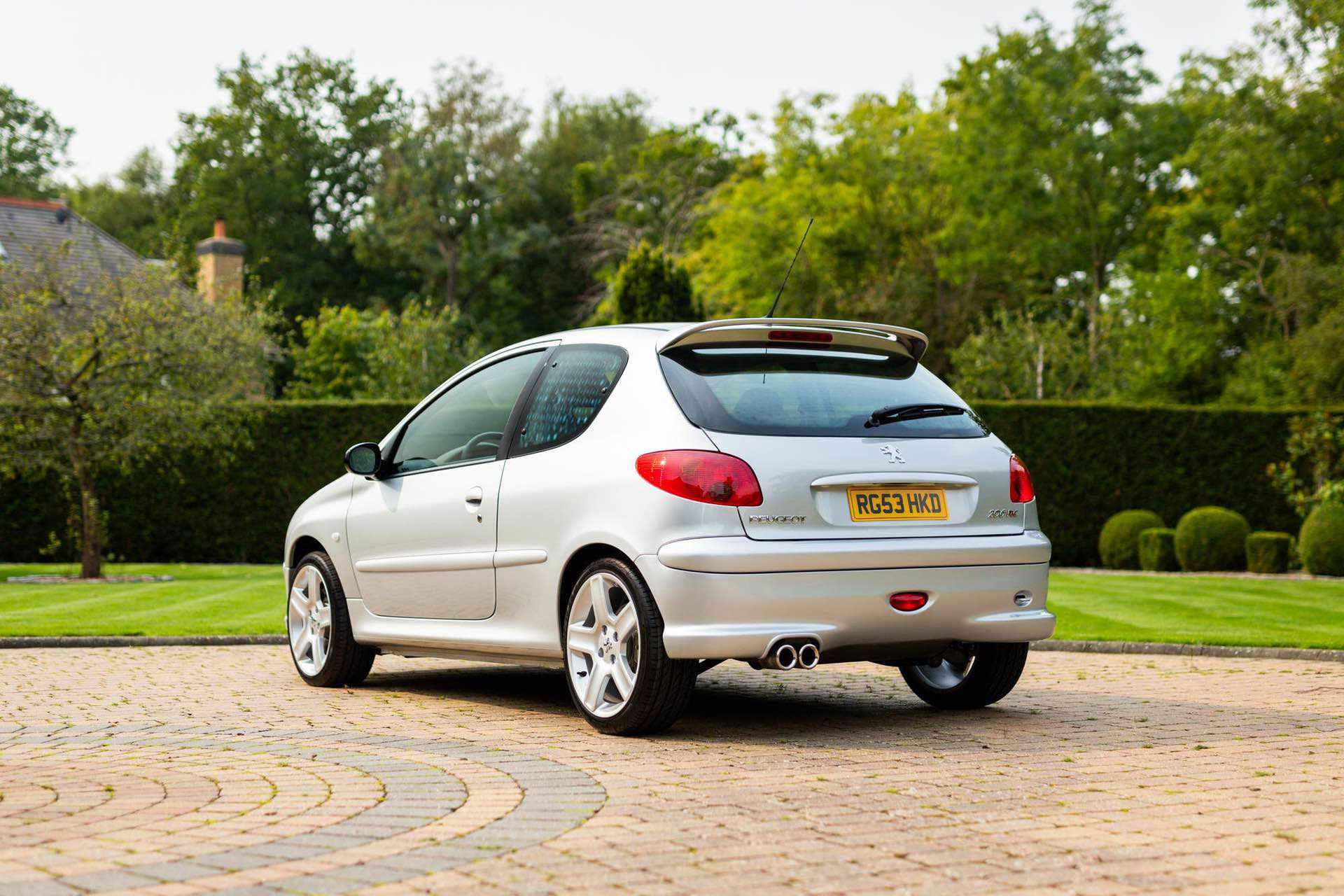2003_Peugeot_206_RC_sale_0015