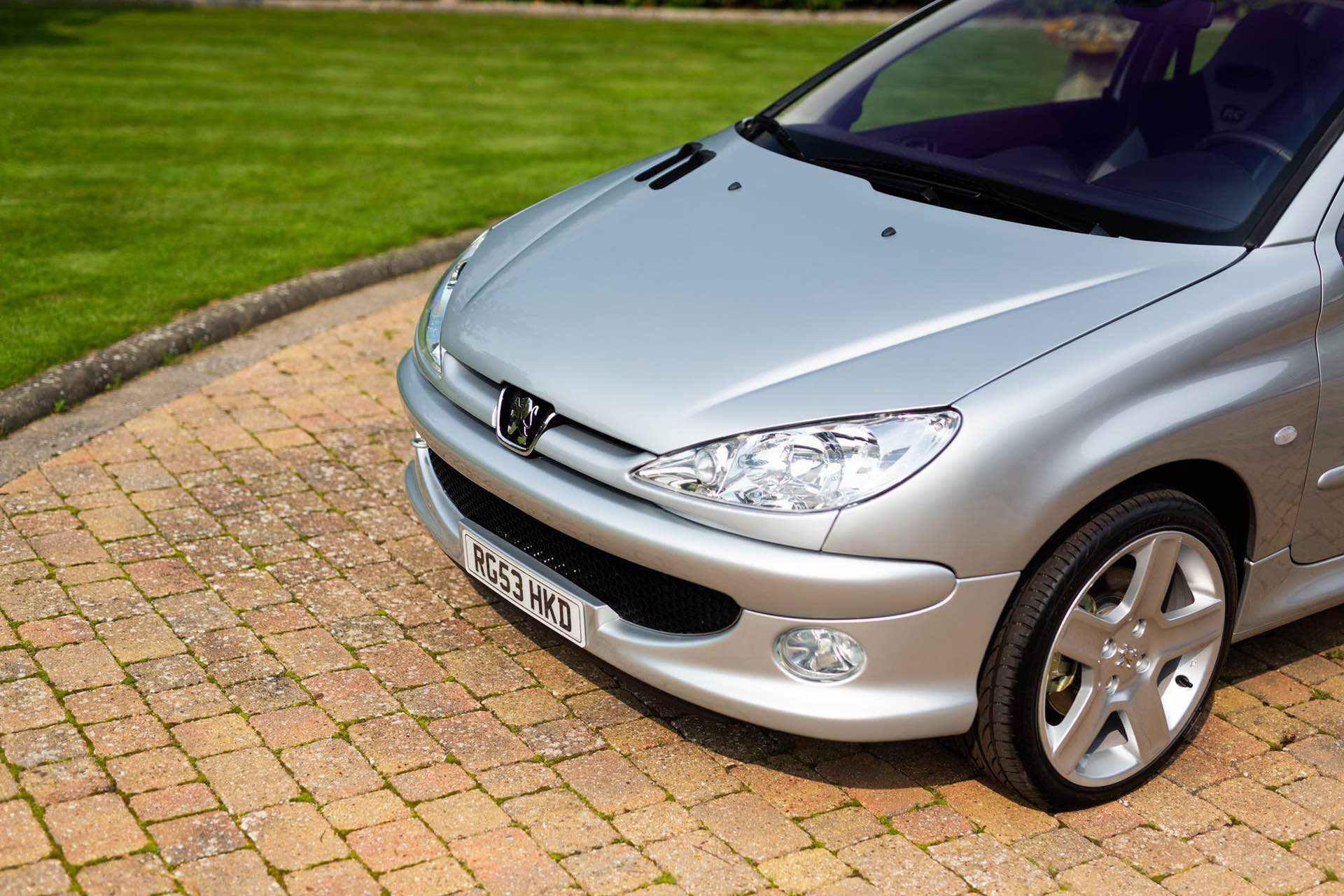 2003_Peugeot_206_RC_sale_0017