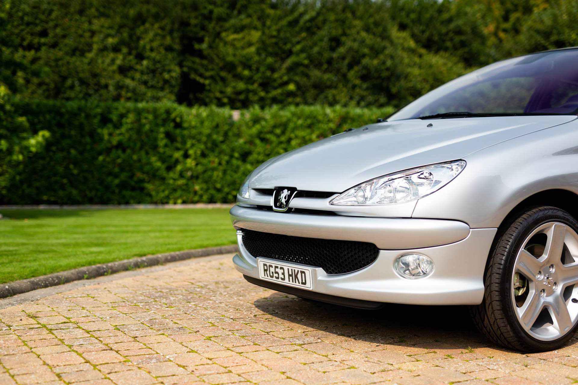 2003_Peugeot_206_RC_sale_0018