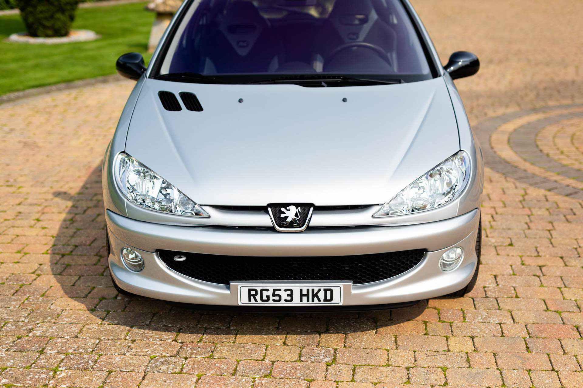 2003_Peugeot_206_RC_sale_0019