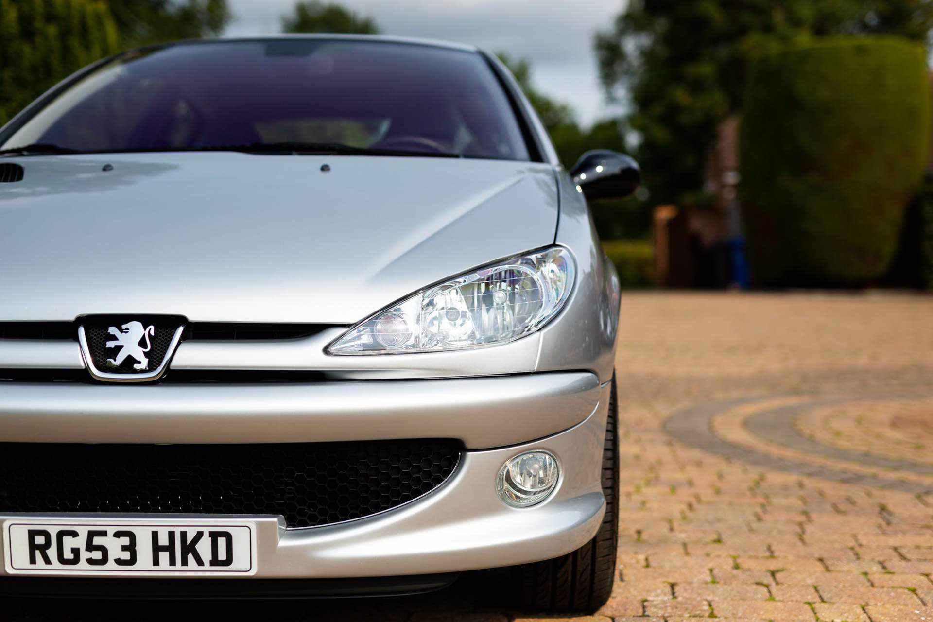 2003_Peugeot_206_RC_sale_0021