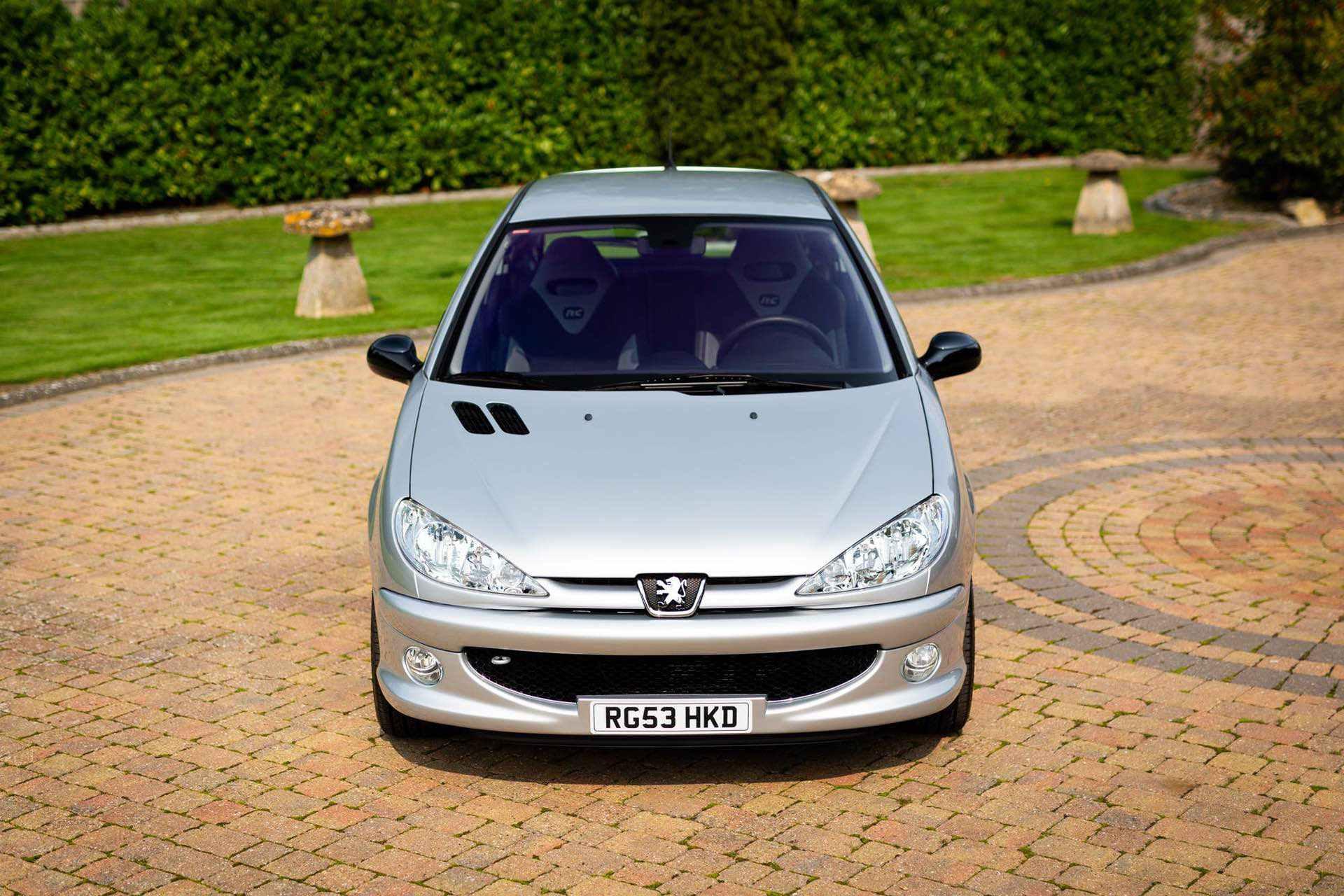 2003_Peugeot_206_RC_sale_0032