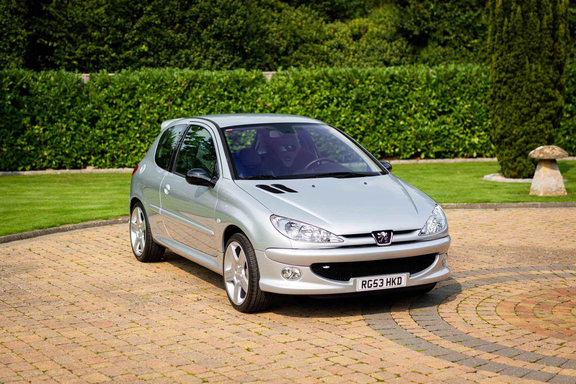 2003_Peugeot_206_RC_sale_0033