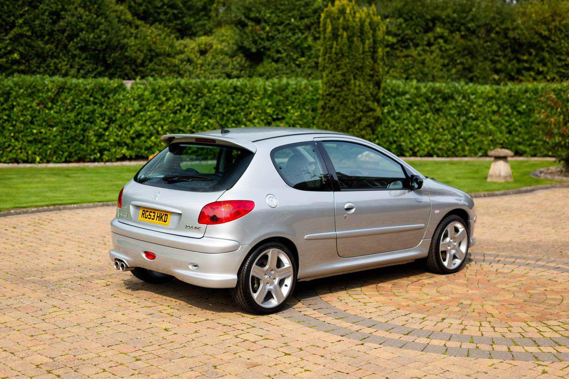 2003_Peugeot_206_RC_sale_0039