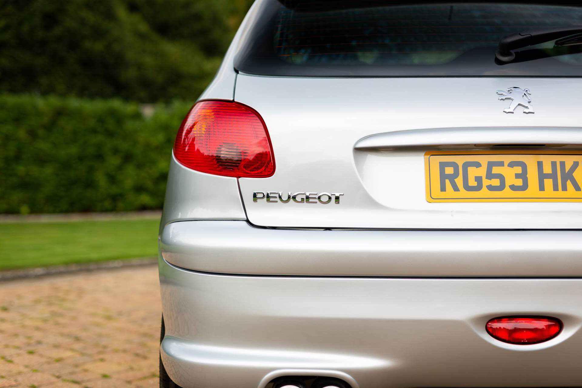 2003_Peugeot_206_RC_sale_0056