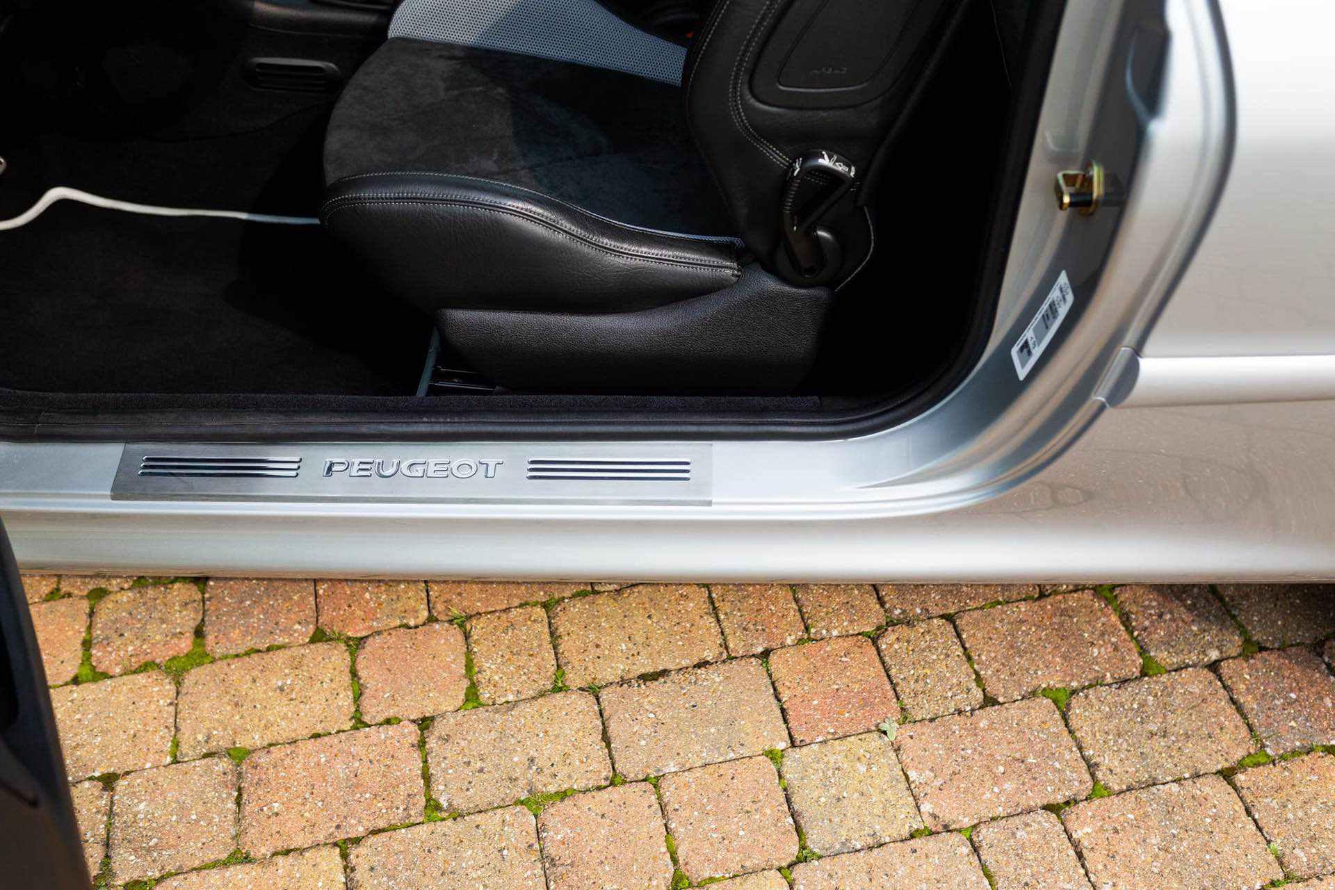 2003_Peugeot_206_RC_sale_0072