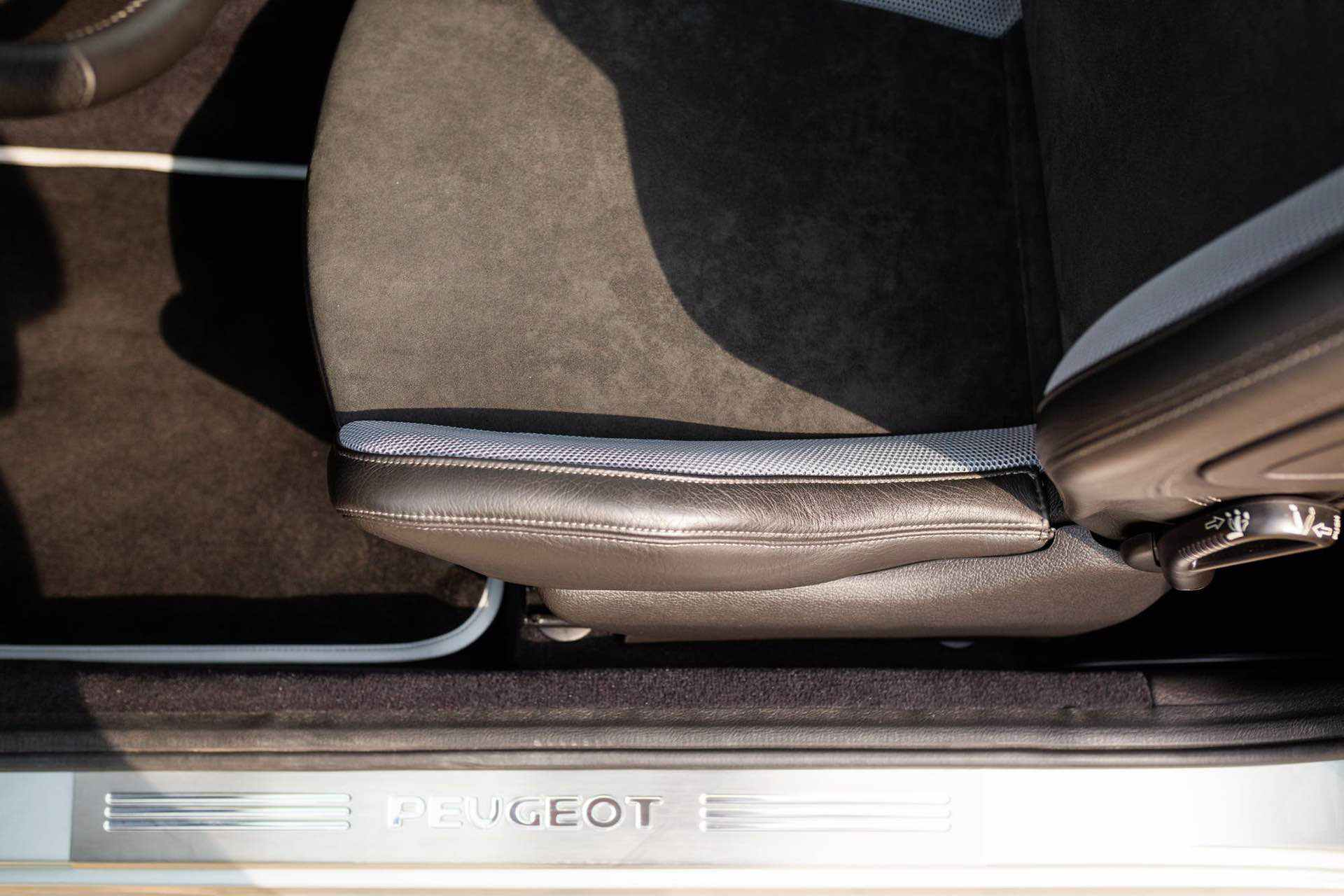 2003_Peugeot_206_RC_sale_0078