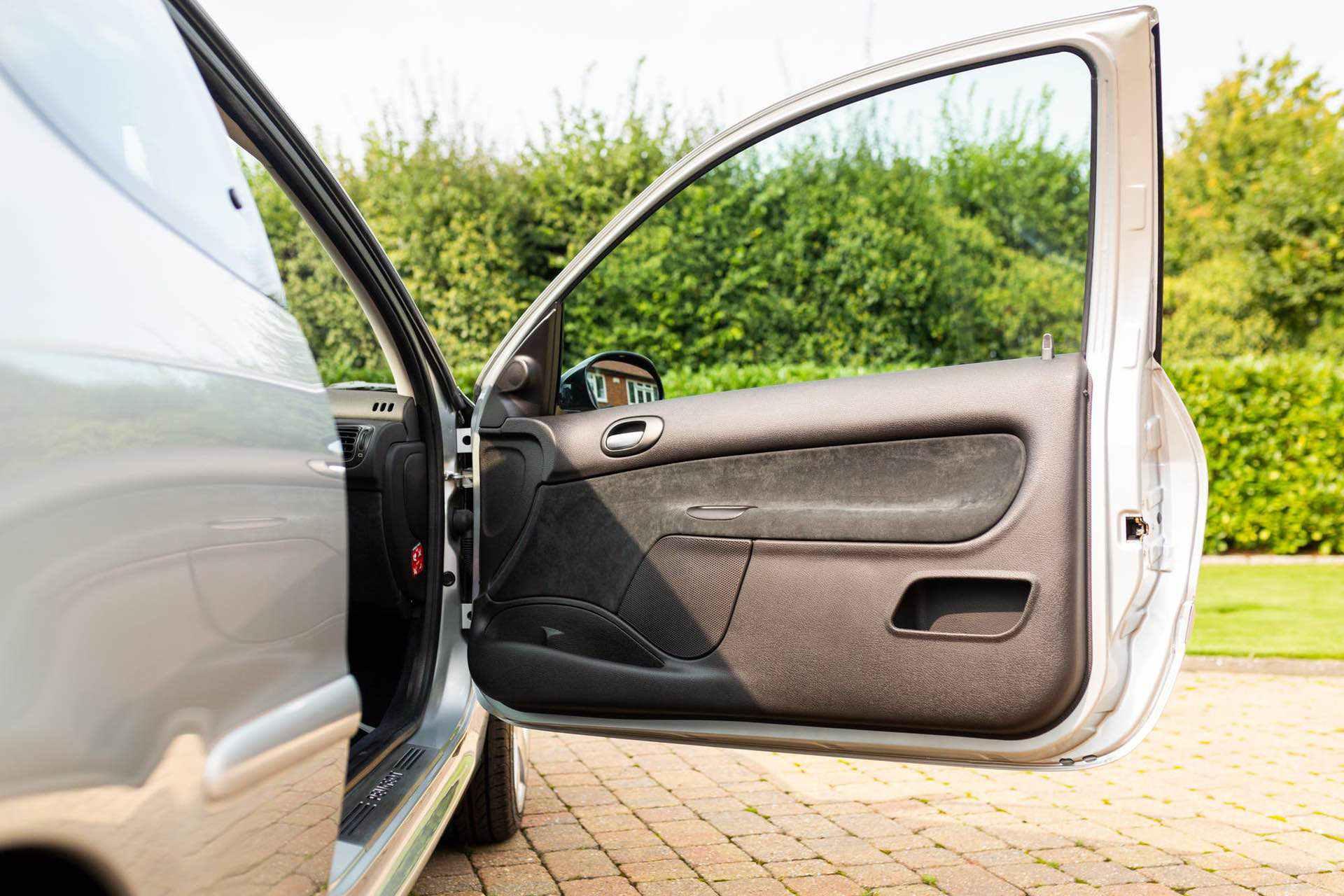2003_Peugeot_206_RC_sale_0082