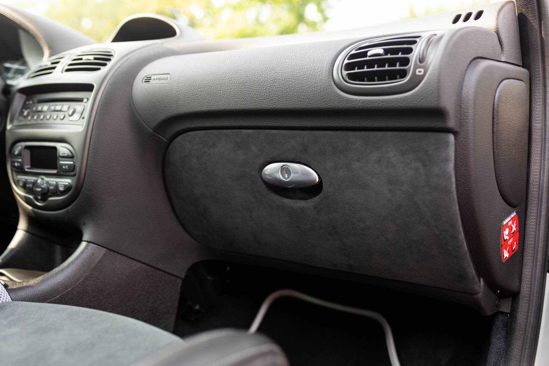 2003_Peugeot_206_RC_sale_0093