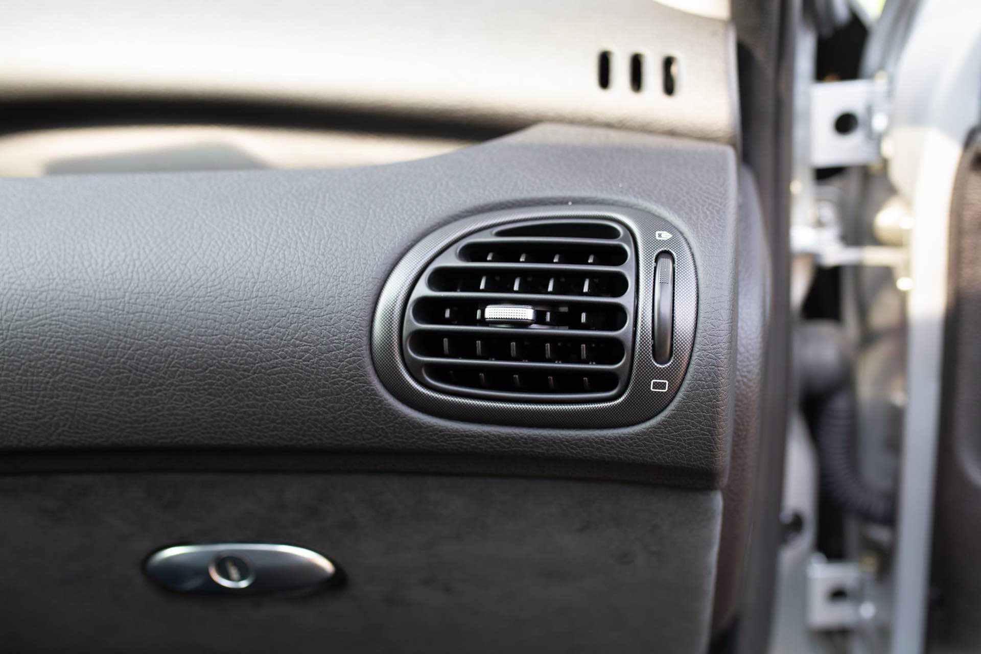 2003_Peugeot_206_RC_sale_0095