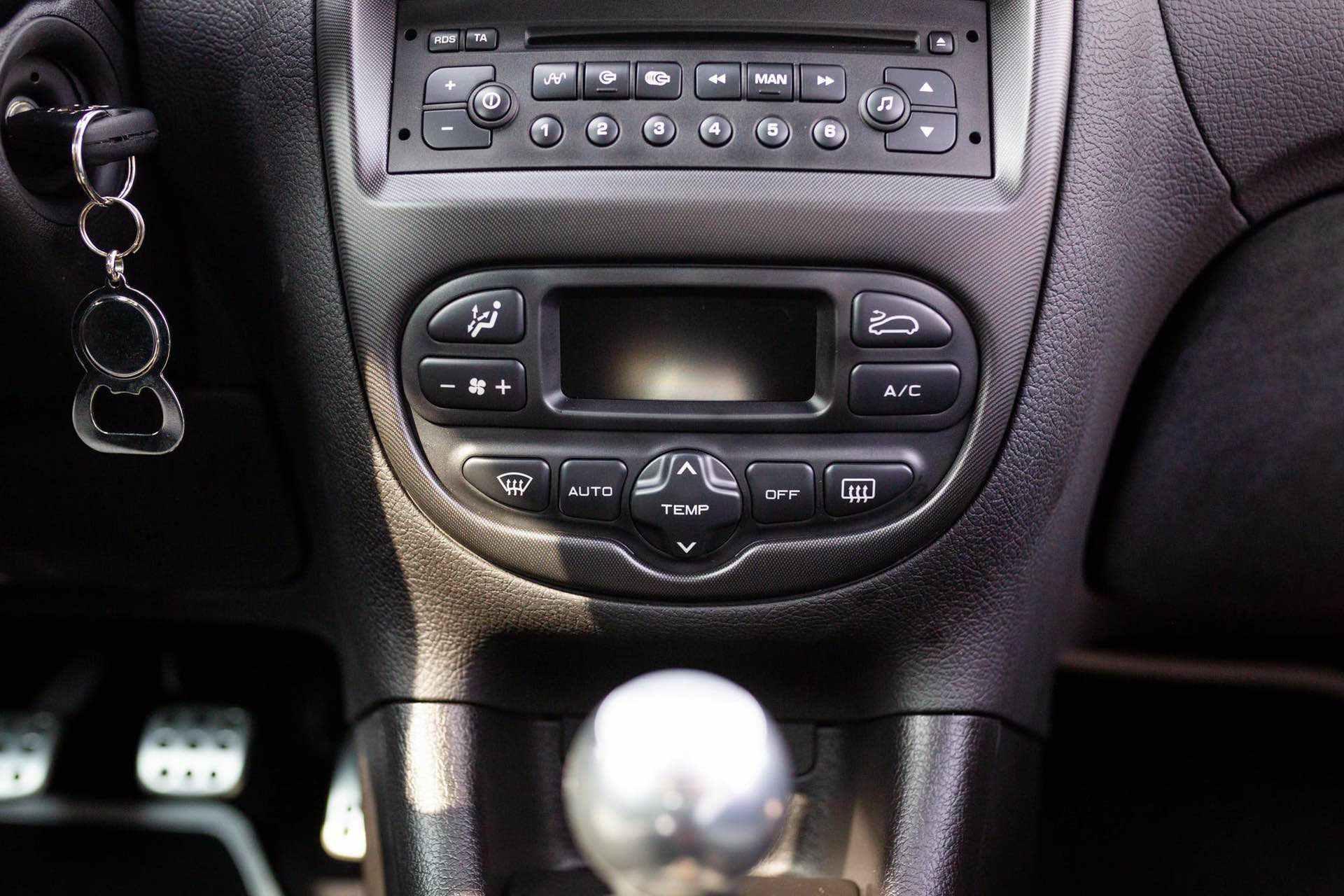 2003_Peugeot_206_RC_sale_0099