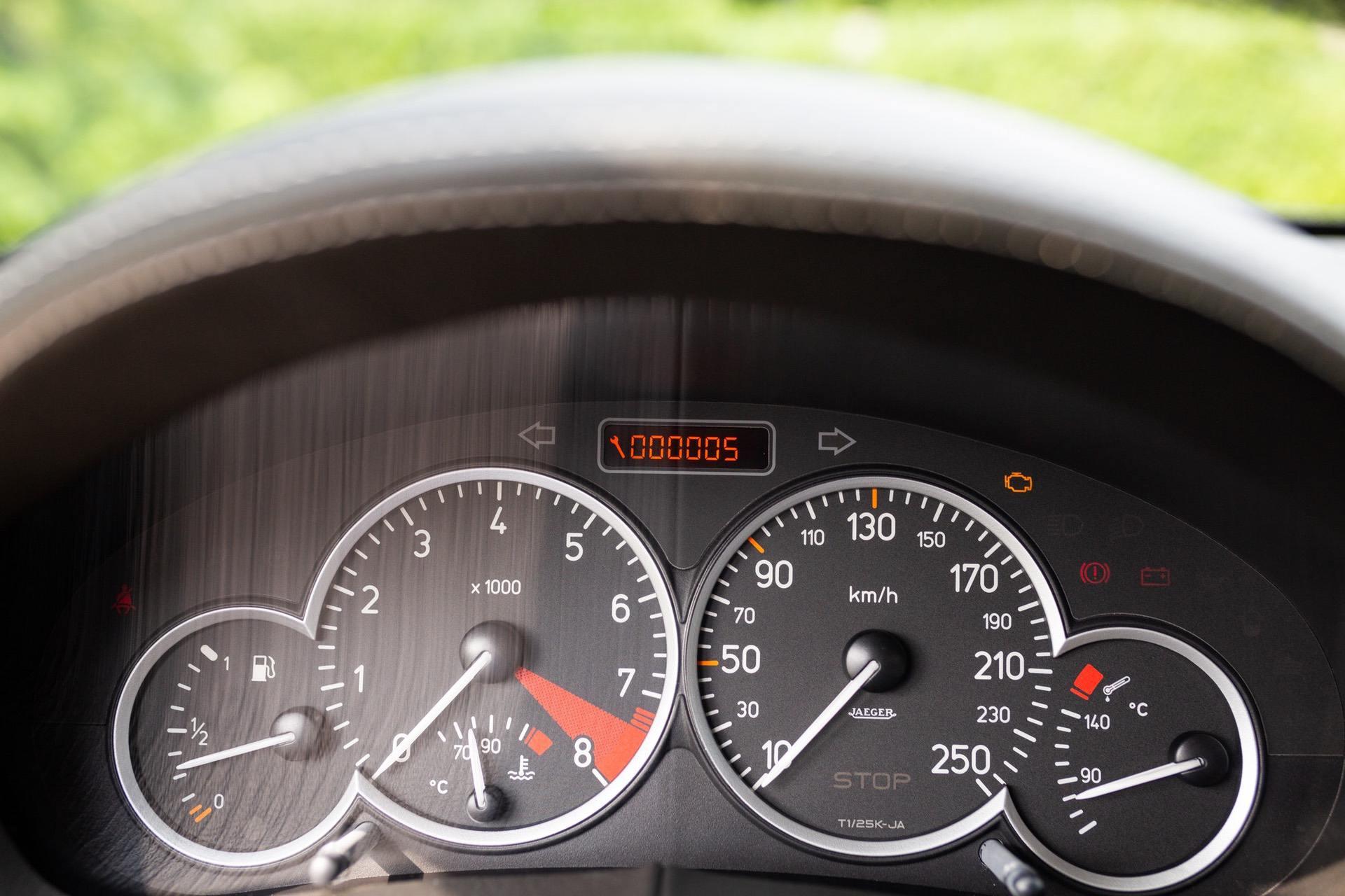 2003_Peugeot_206_RC_sale_0108