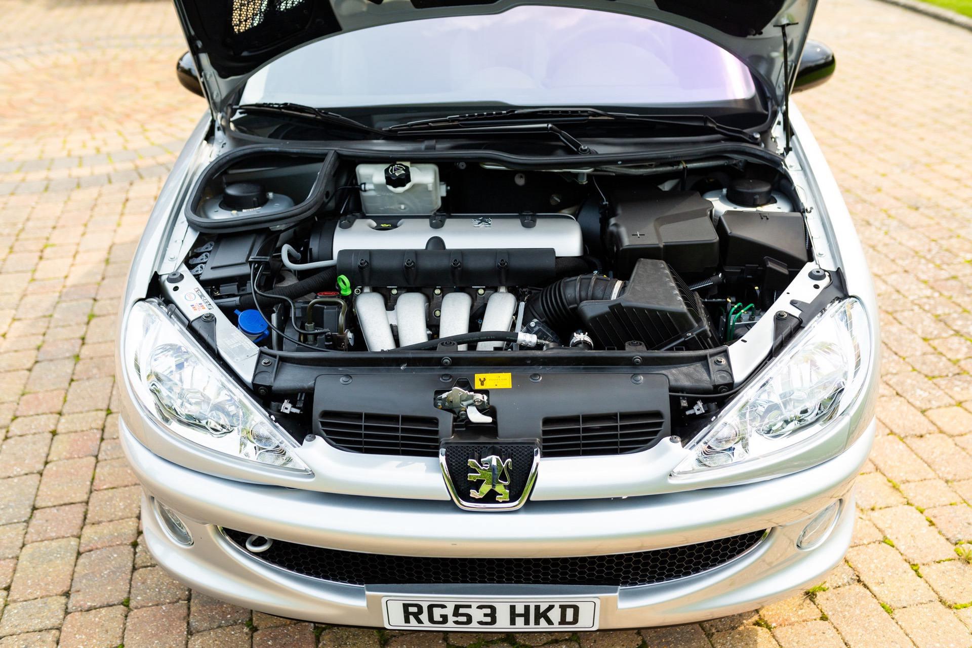2003_Peugeot_206_RC_sale_0121