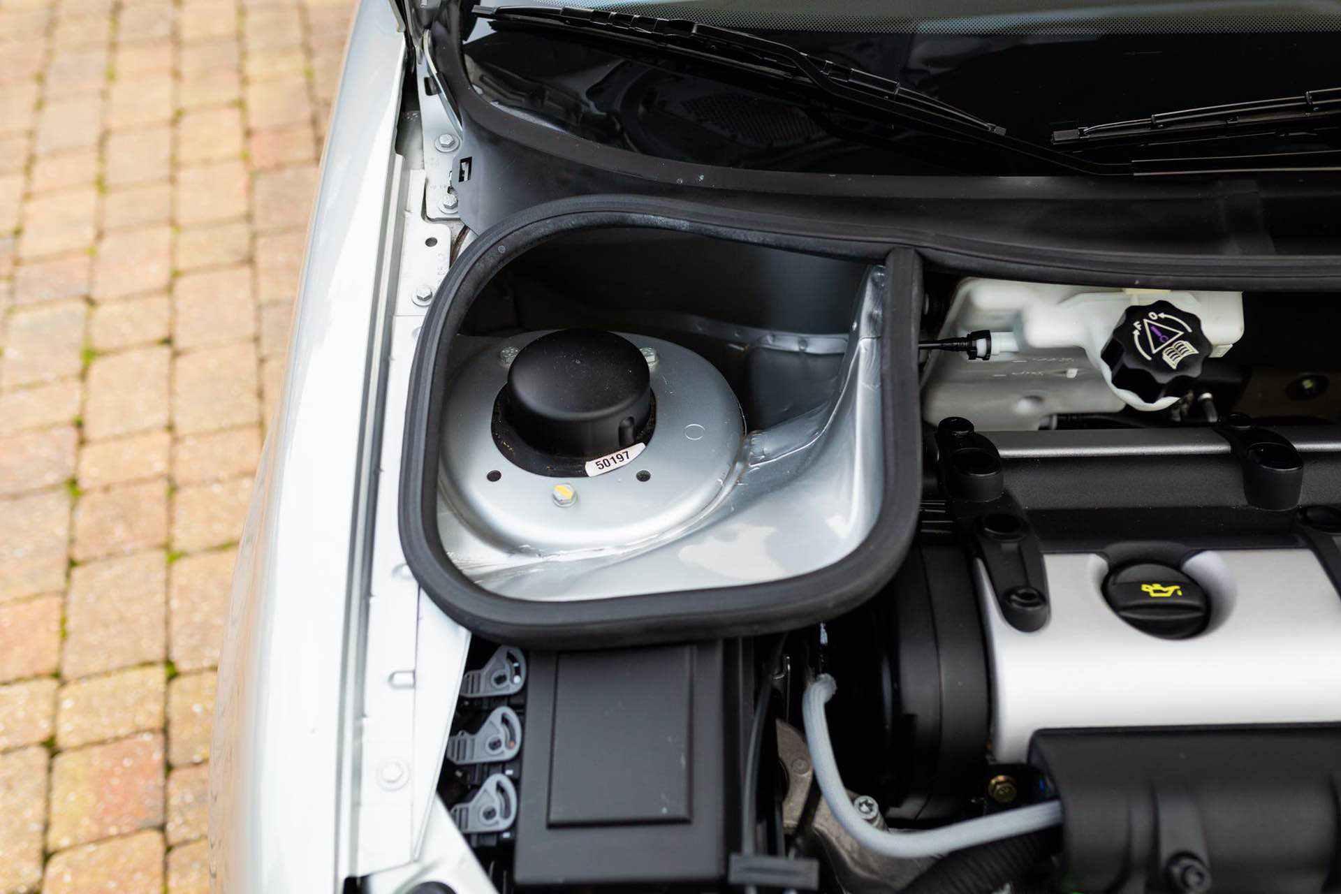 2003_Peugeot_206_RC_sale_0125