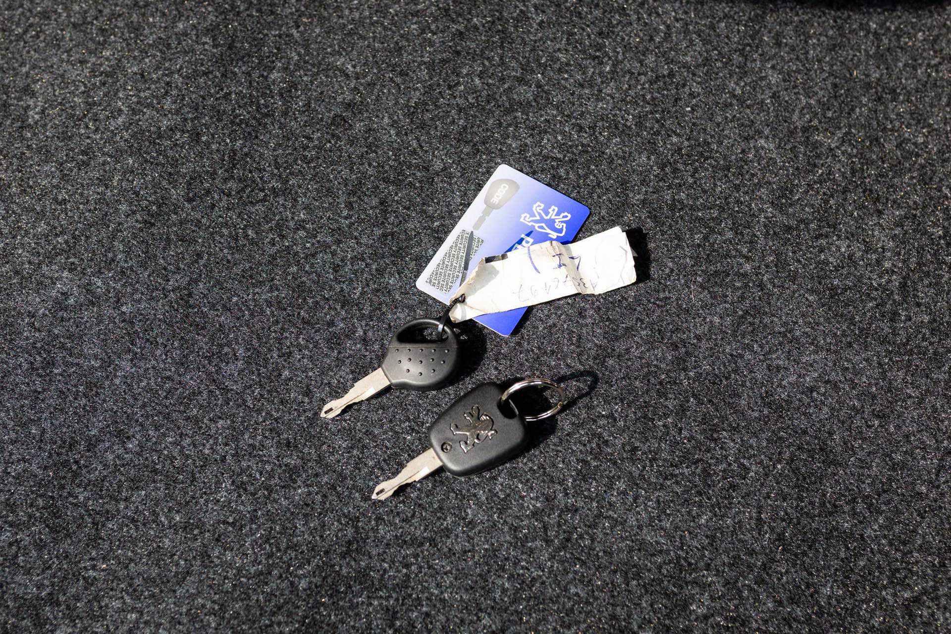 2003_Peugeot_206_RC_sale_0129