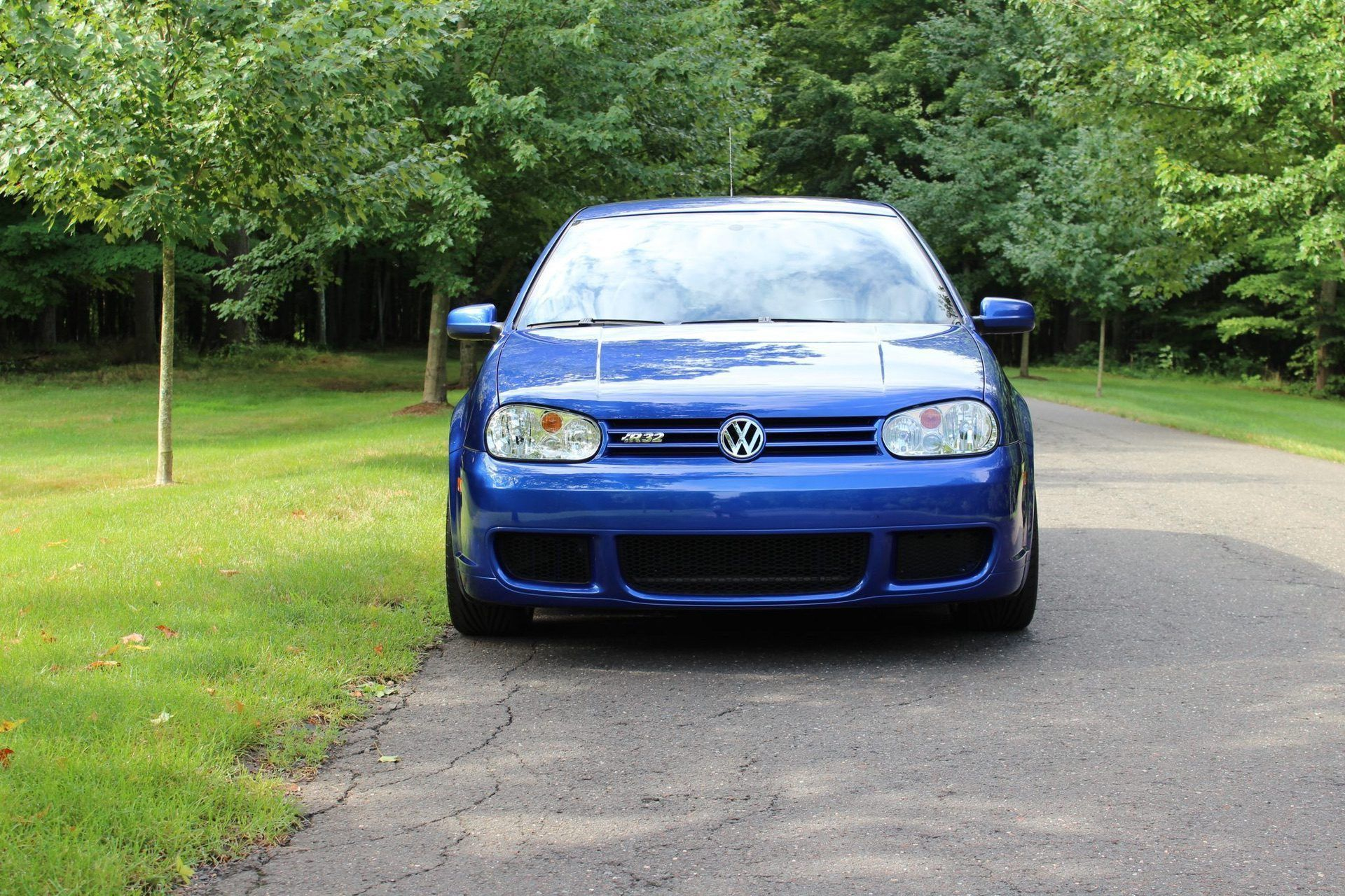 2004_VW_Golf_R32_sale_0002
