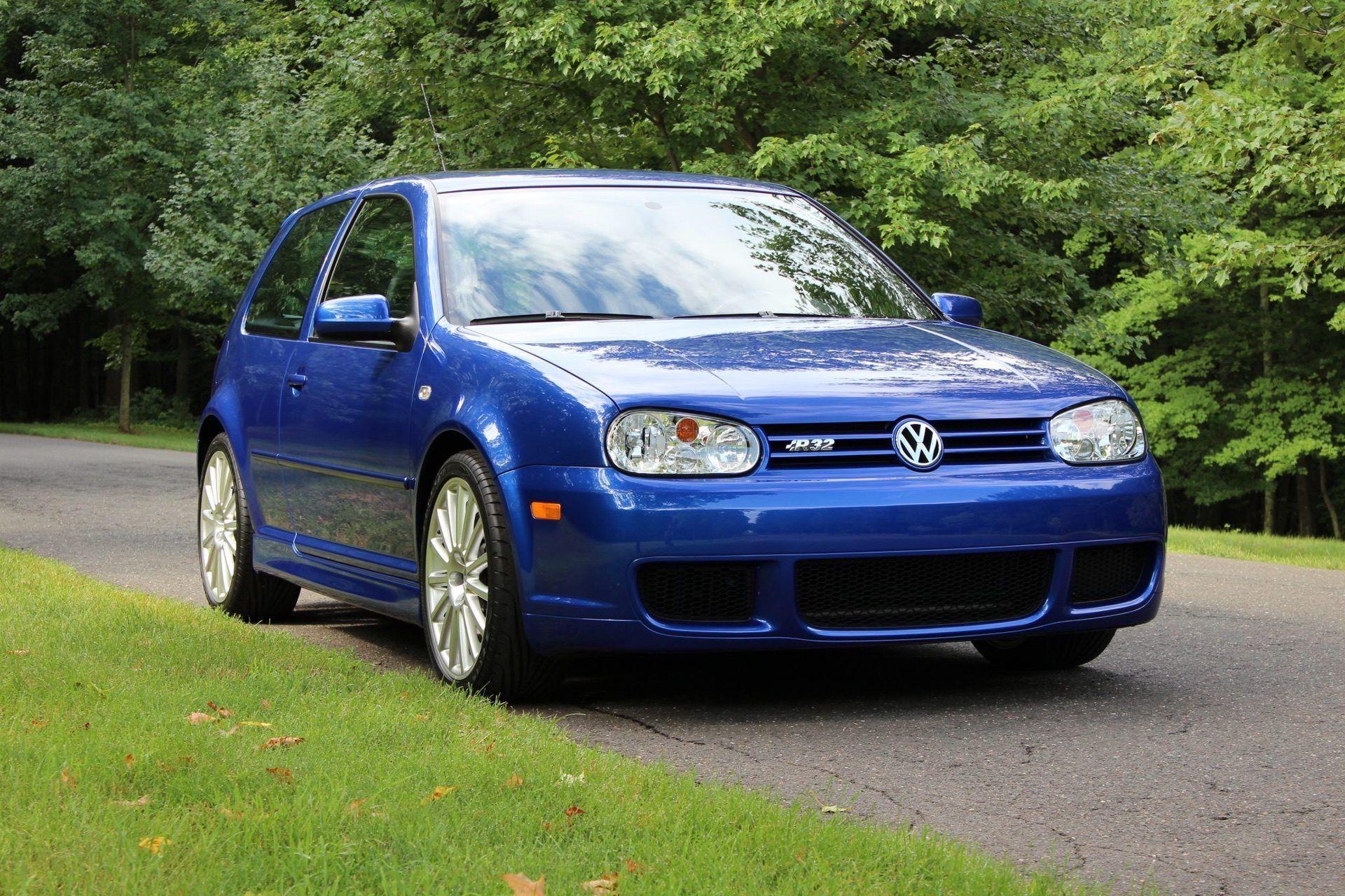 2004_VW_Golf_R32_sale_0003