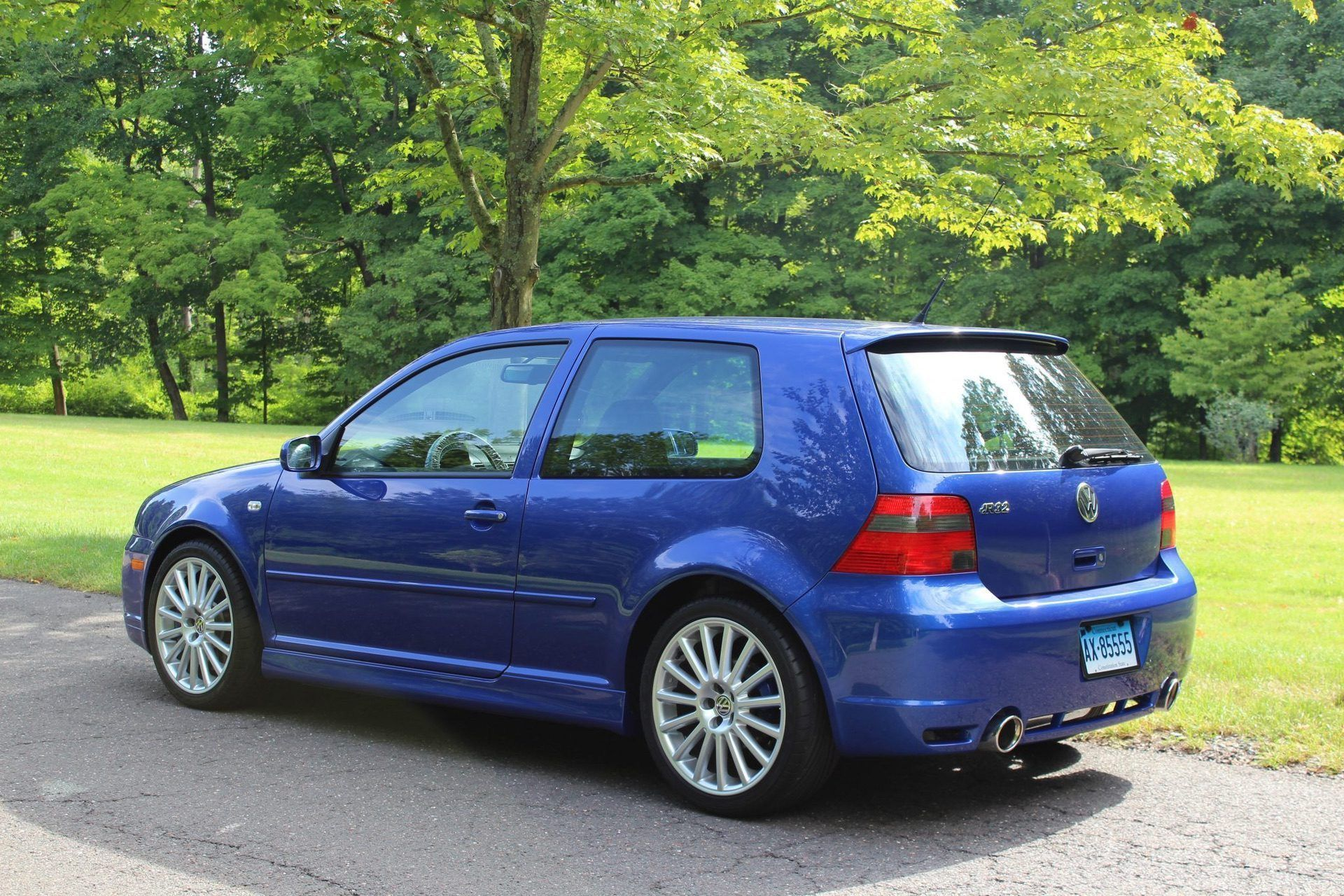 2004_VW_Golf_R32_sale_0007