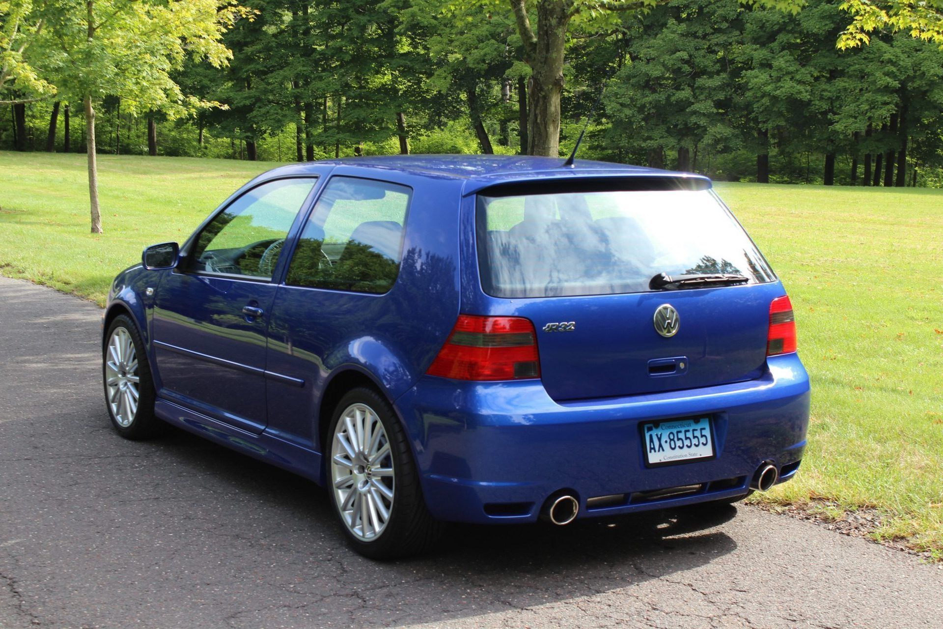 2004_VW_Golf_R32_sale_0008