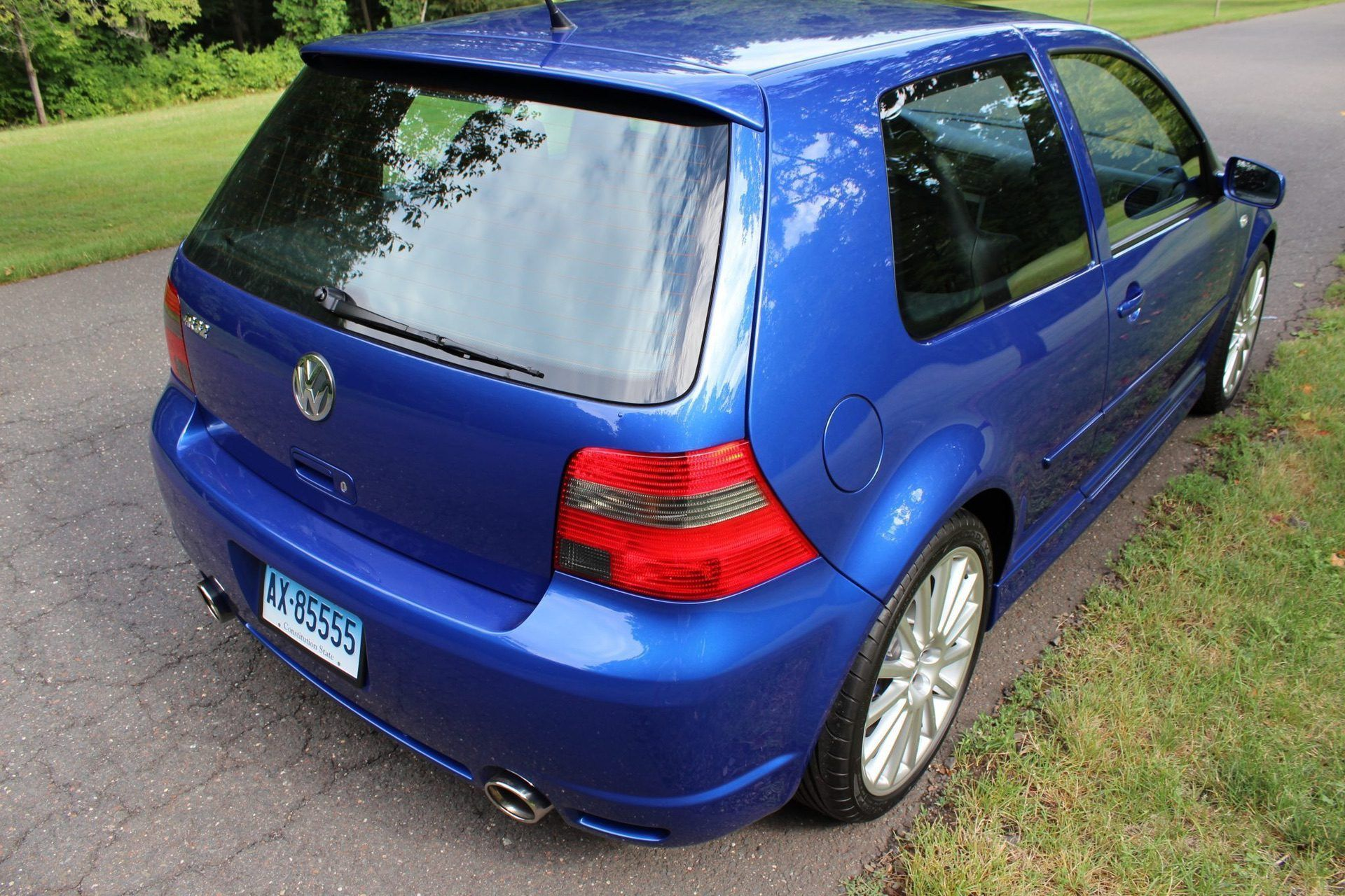 2004_VW_Golf_R32_sale_0009