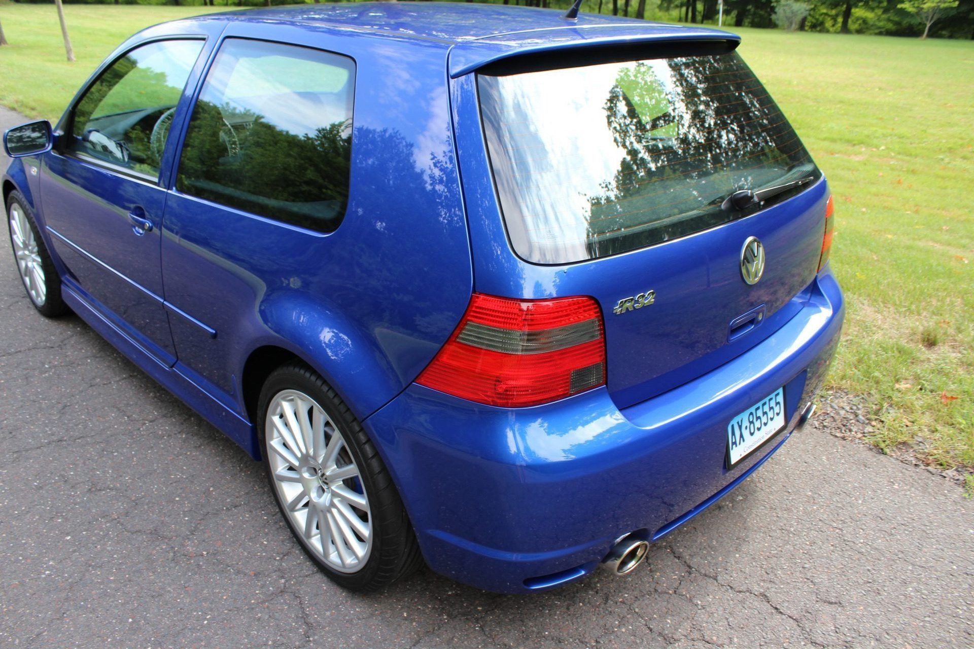 2004_VW_Golf_R32_sale_0017