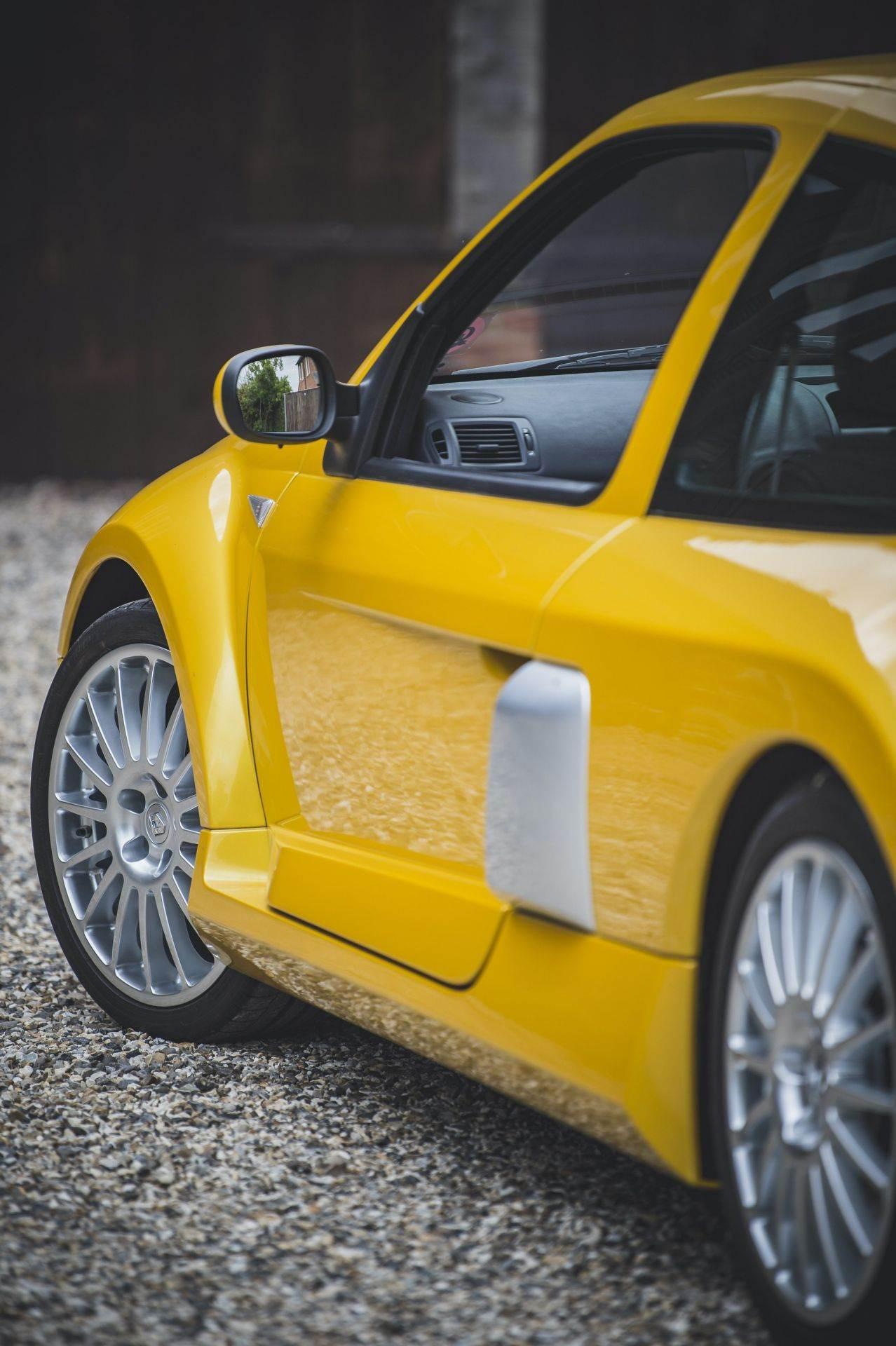 2005_Renault_Clio_V6_Phase_2_0023