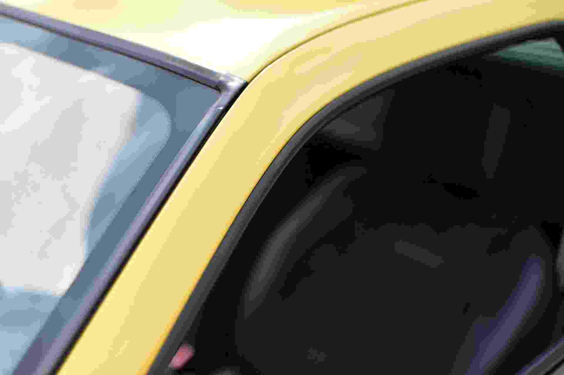 2005_Renault_Clio_V6_Phase_2_0053
