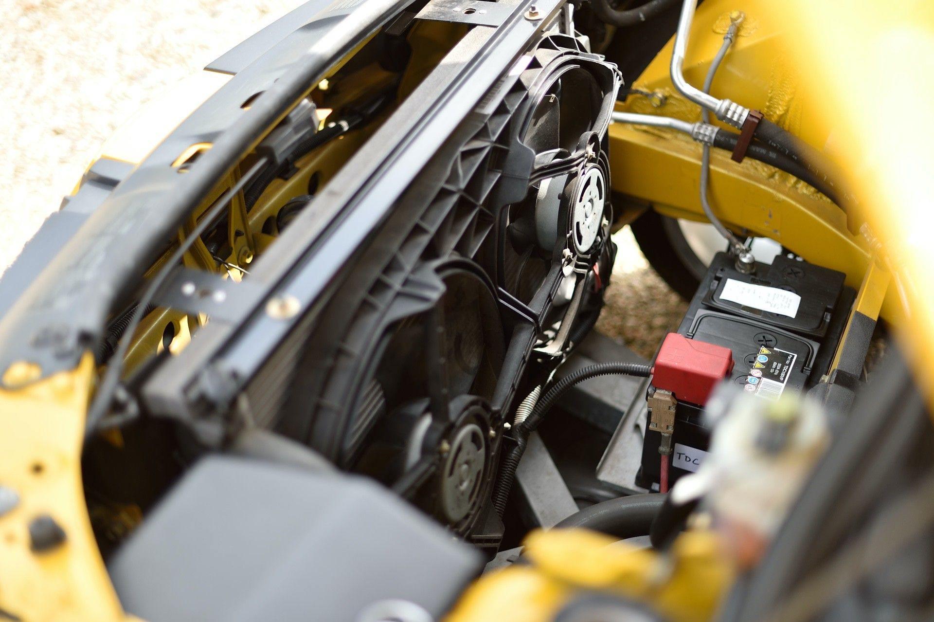 2005_Renault_Clio_V6_Phase_2_0073