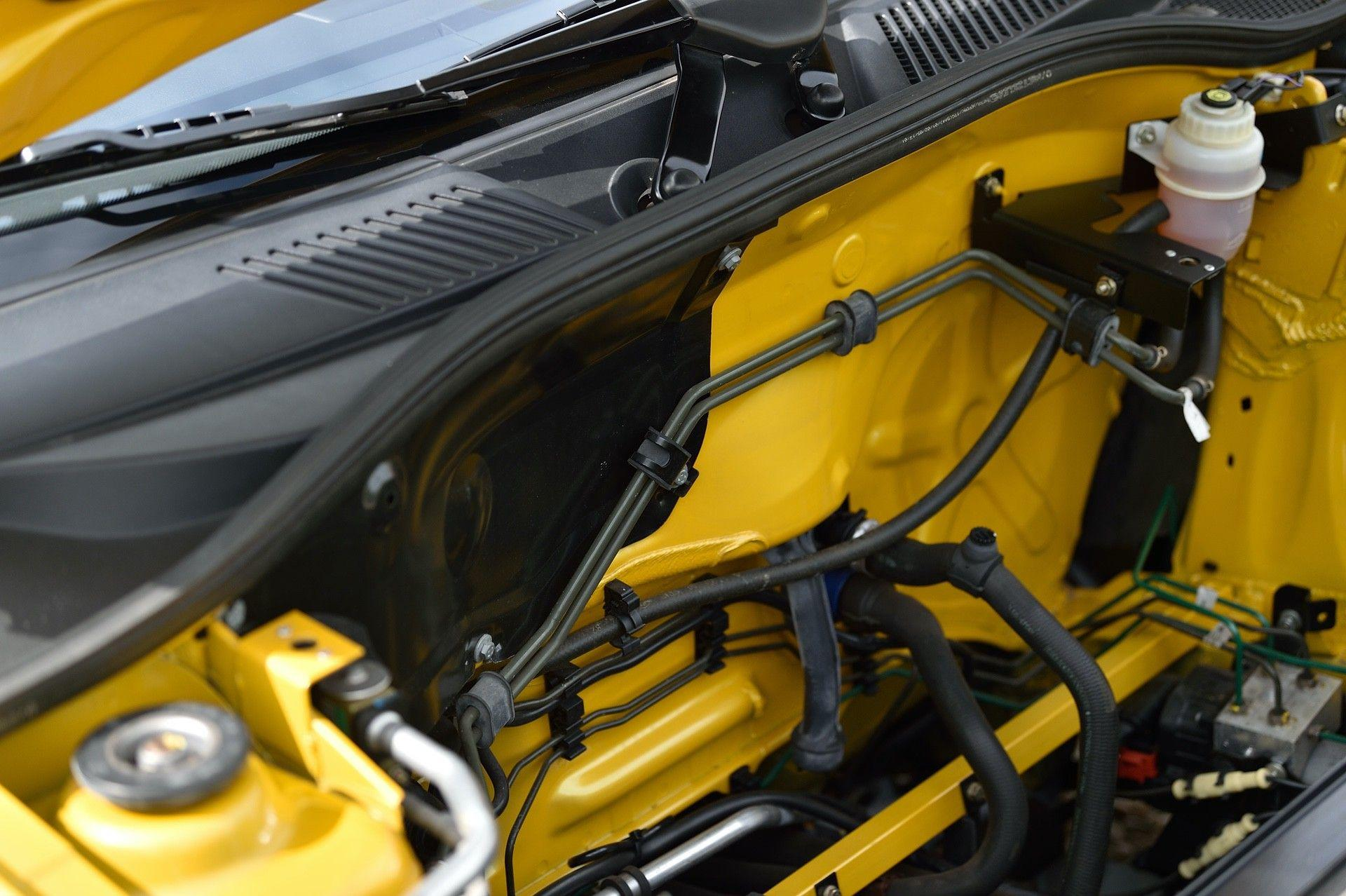 2005_Renault_Clio_V6_Phase_2_0078