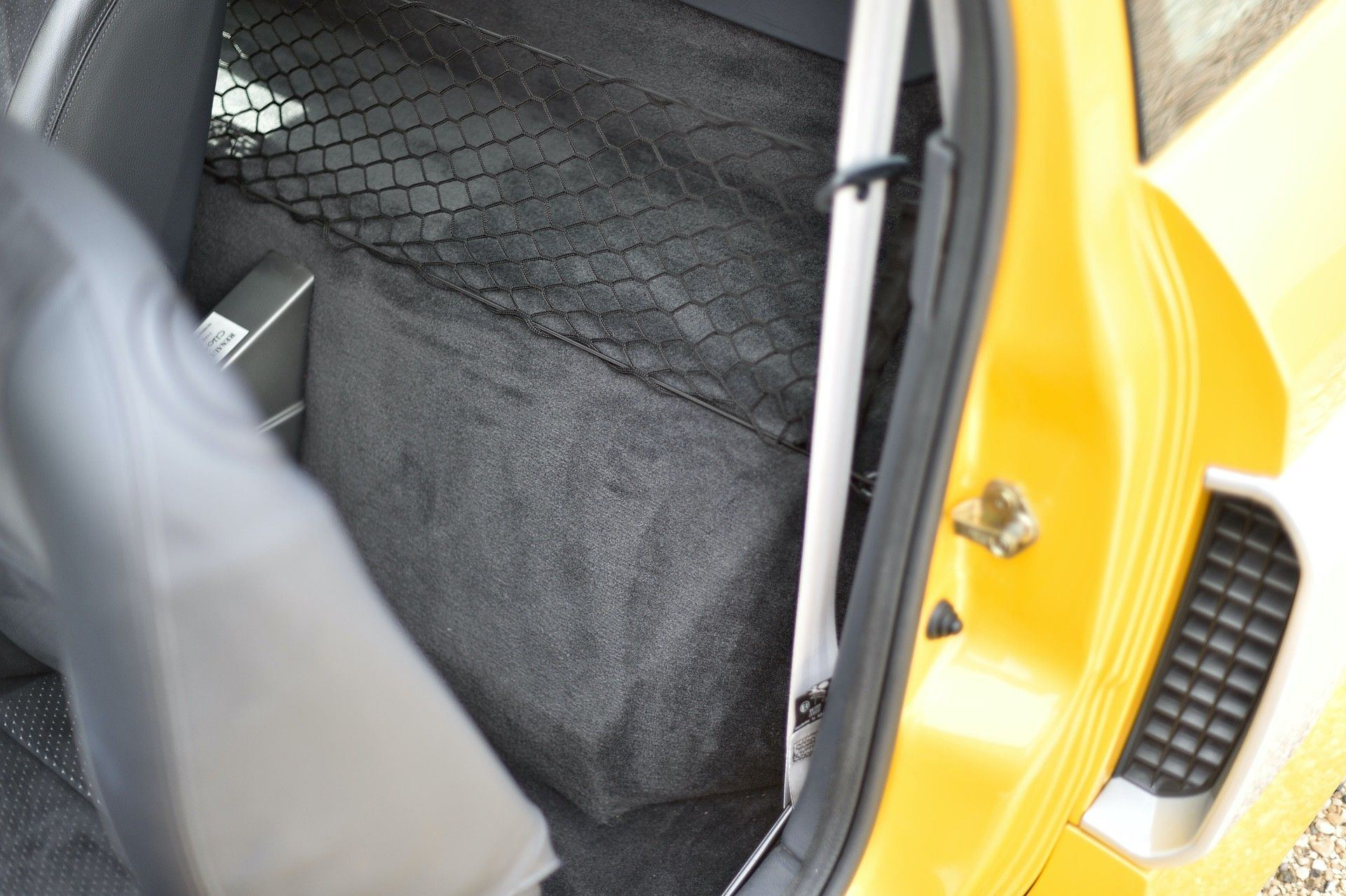 2005_Renault_Clio_V6_Phase_2_0140
