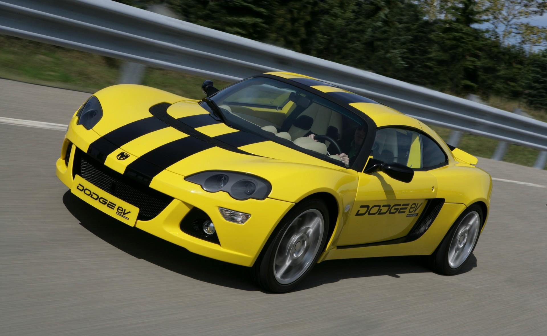 2009_Dodge_Circuit_EV_concept_0001