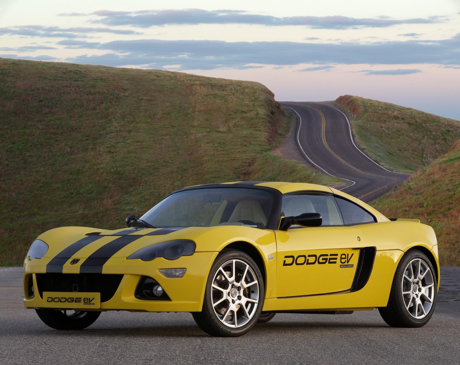 2009_Dodge_Circuit_EV_concept_0002