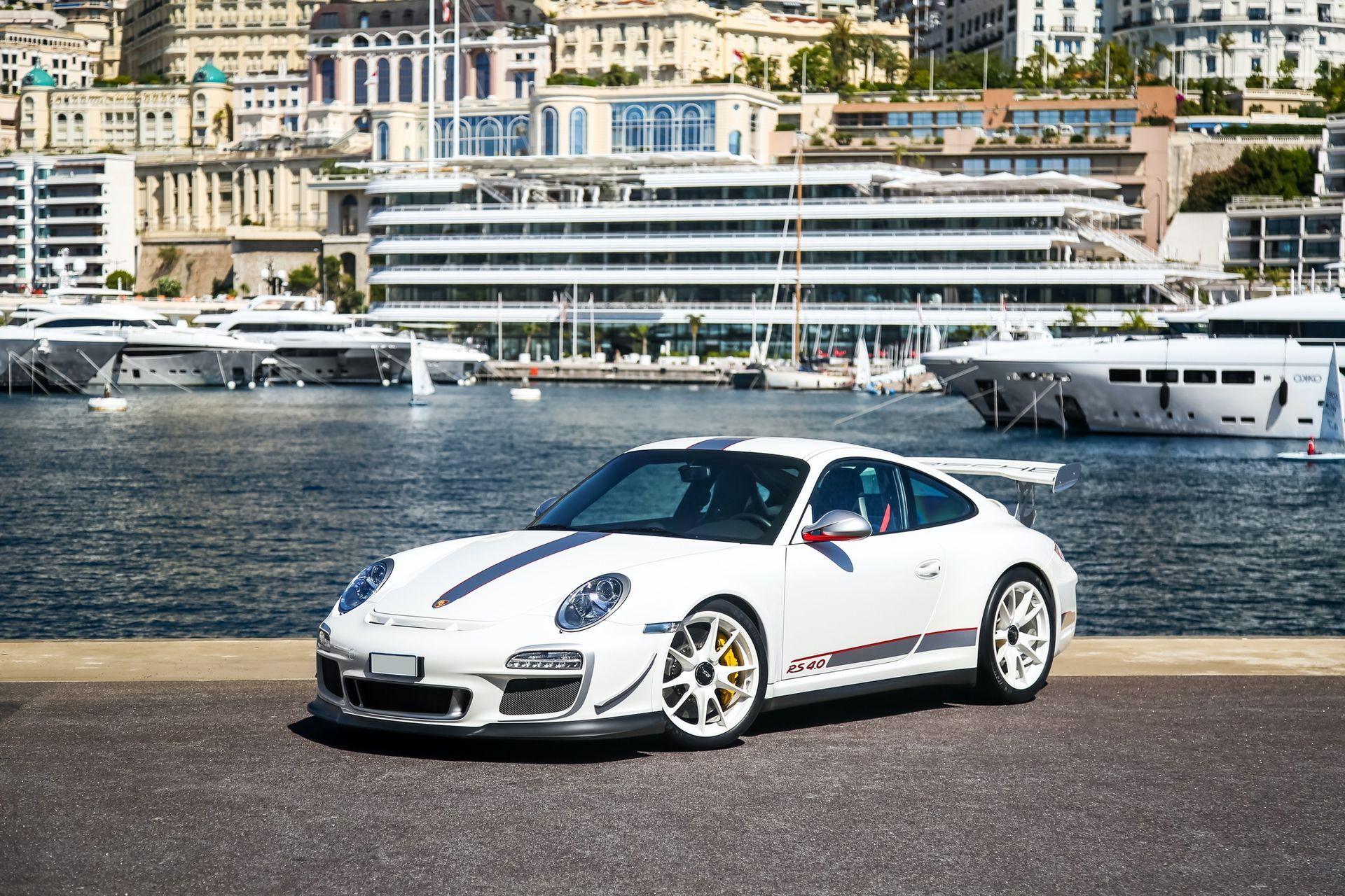 2011_Porsche_911_GT3_RS_4.0_sale_0000