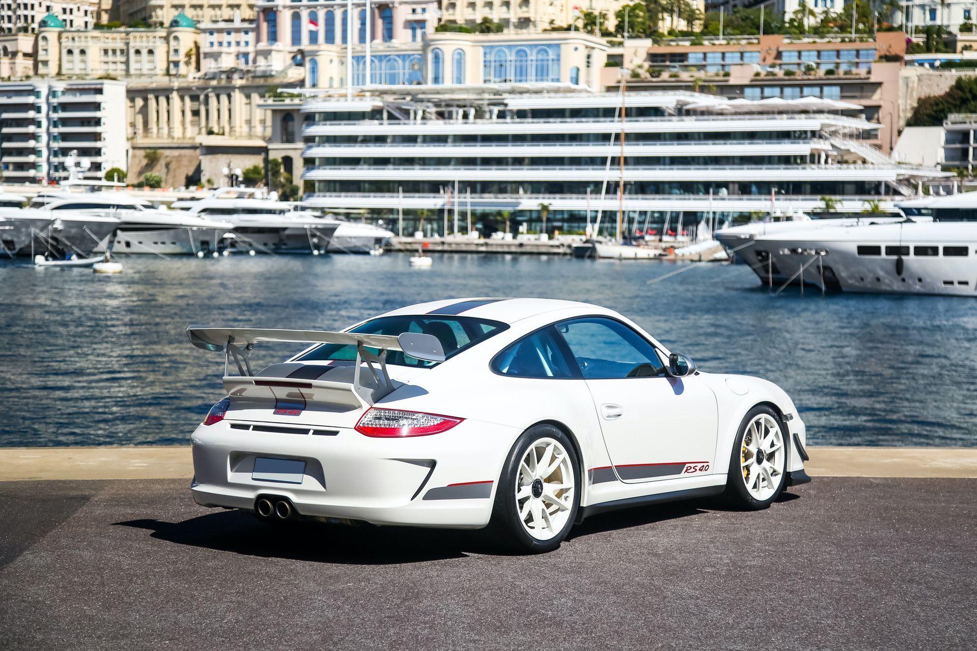 2011_Porsche_911_GT3_RS_4.0_sale_0001