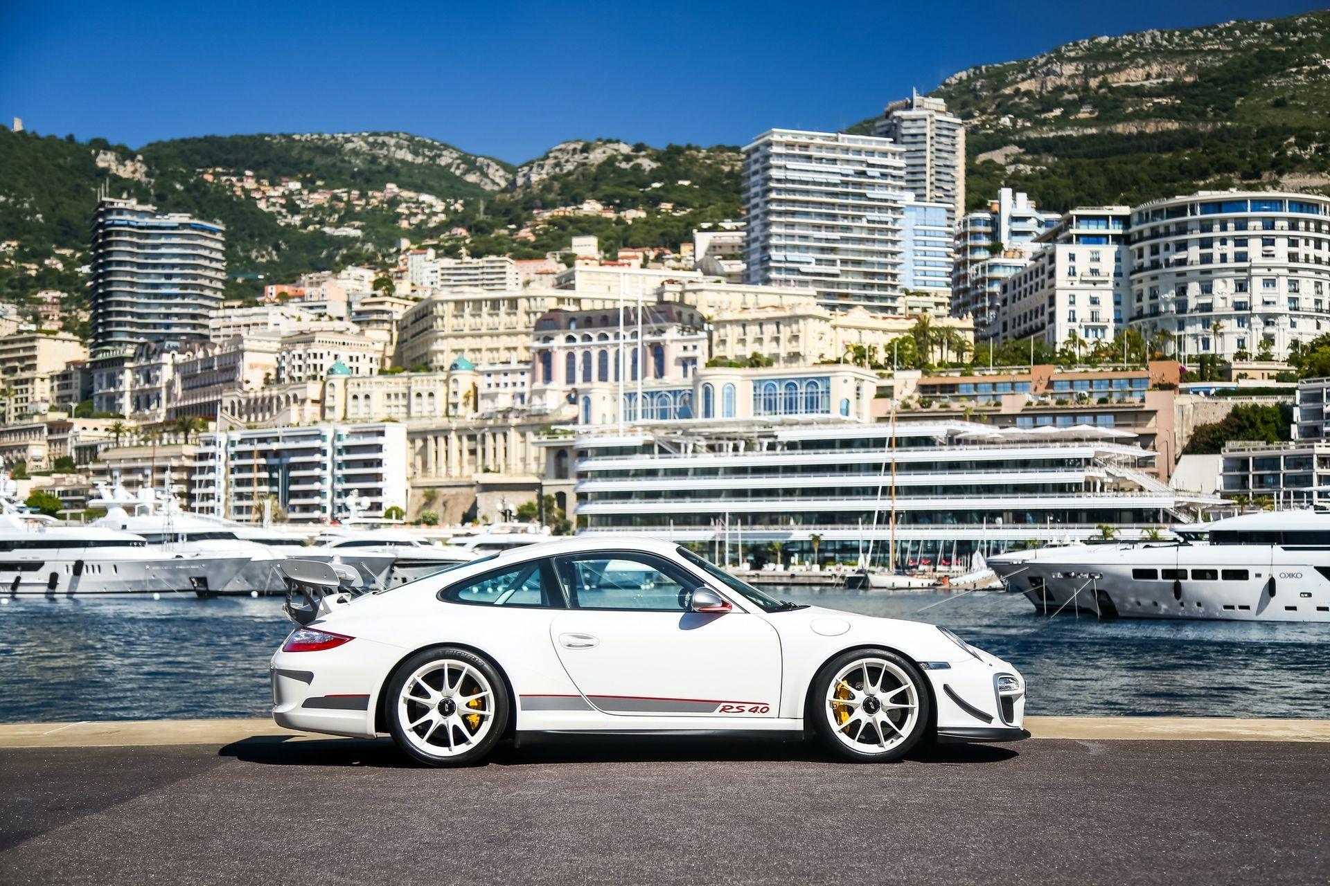 2011_Porsche_911_GT3_RS_4.0_sale_0004