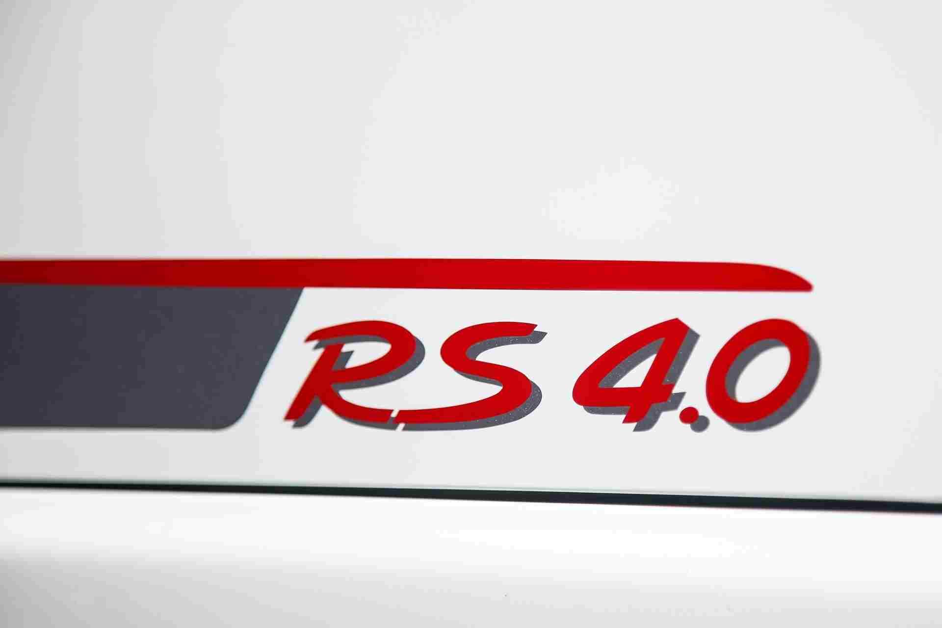 2011_Porsche_911_GT3_RS_4.0_sale_0006