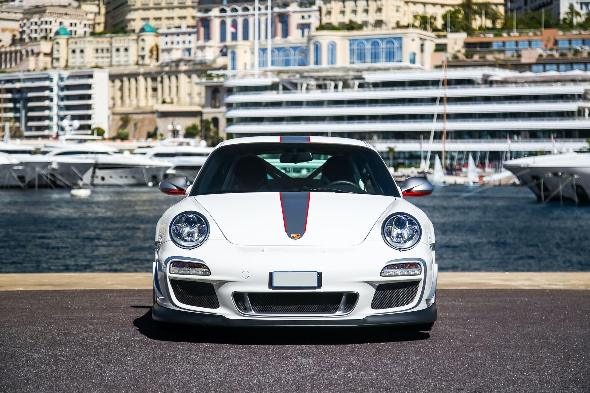 2011_Porsche_911_GT3_RS_4.0_sale_0007