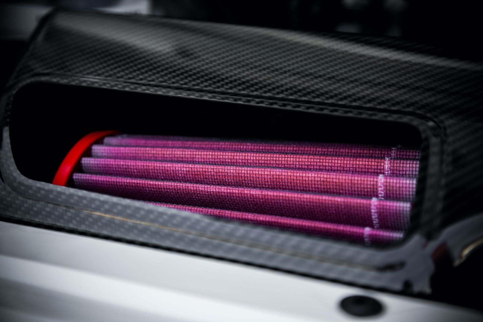 2011_Porsche_911_GT3_RS_4.0_sale_0041