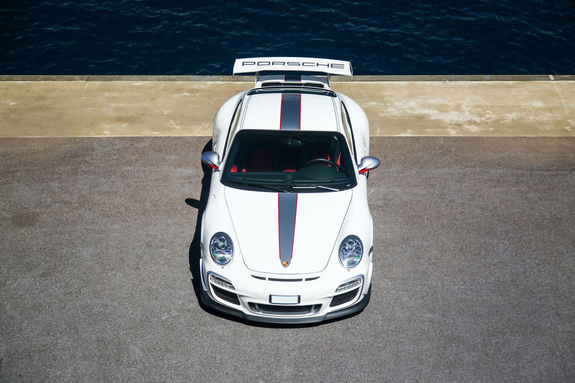 2011_Porsche_911_GT3_RS_4.0_sale_0045