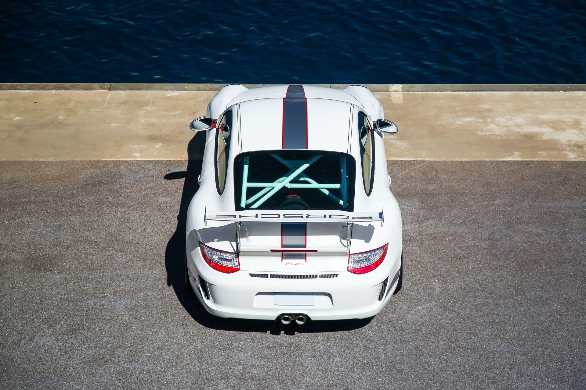 2011_Porsche_911_GT3_RS_4.0_sale_0046