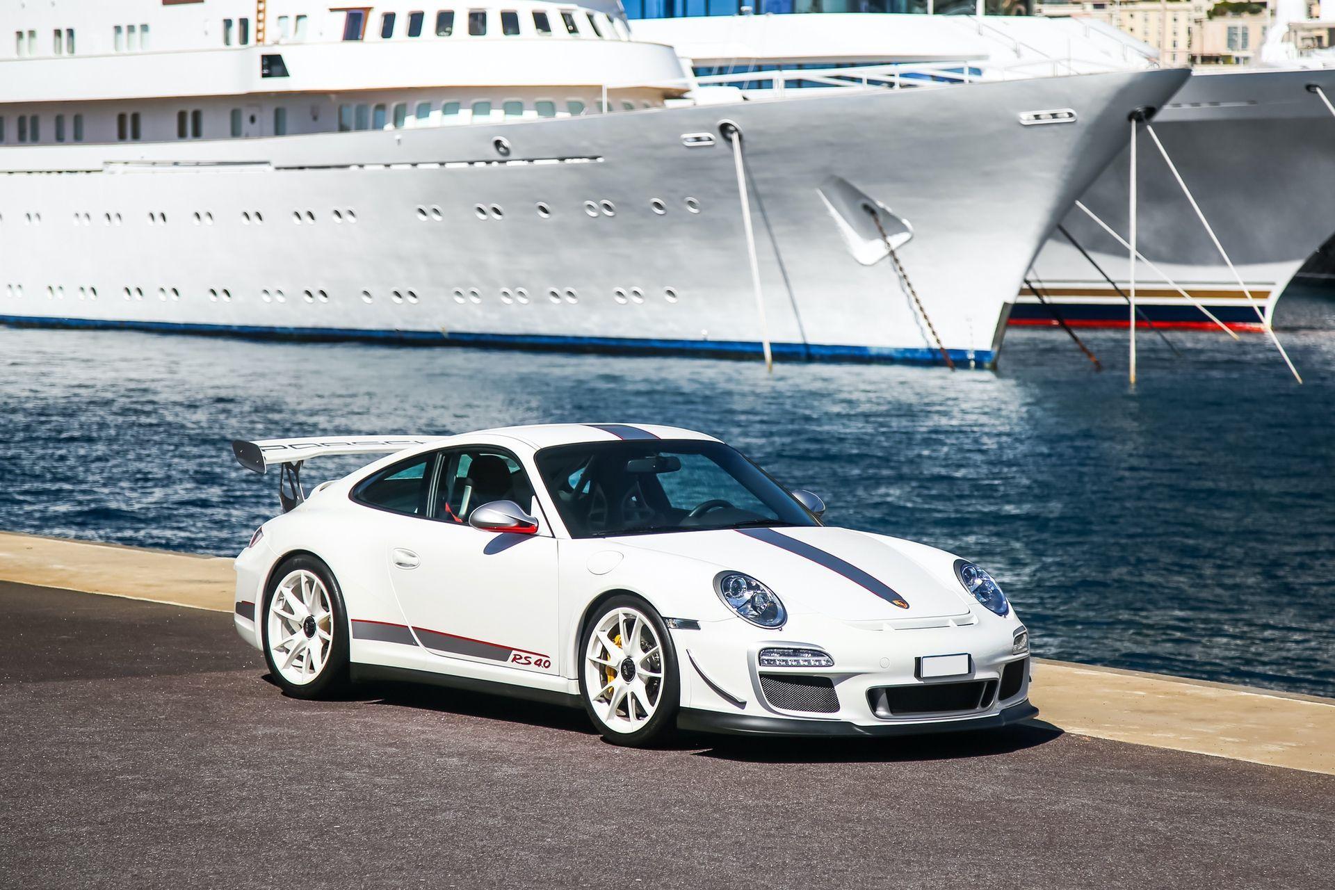 2011_Porsche_911_GT3_RS_4.0_sale_0047