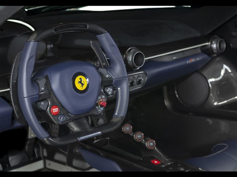 2015_Ferrari_LaFerrari_white_sale_0016
