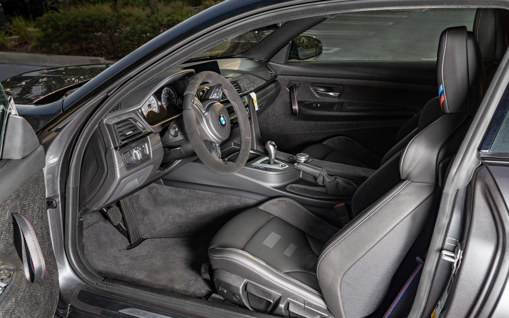 2016_BMW_M4_GTS_sale_0006