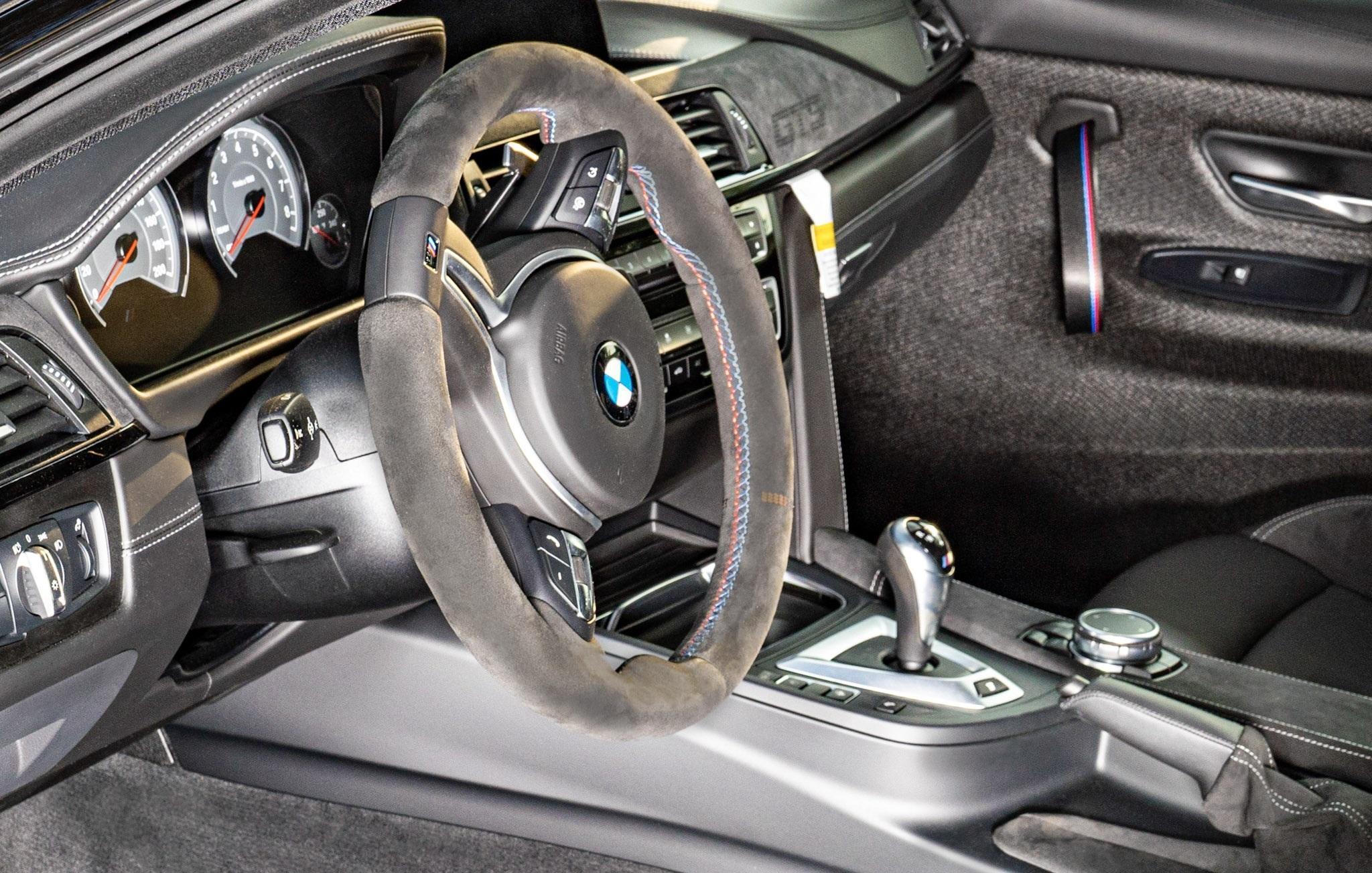 2016_BMW_M4_GTS_sale_0013
