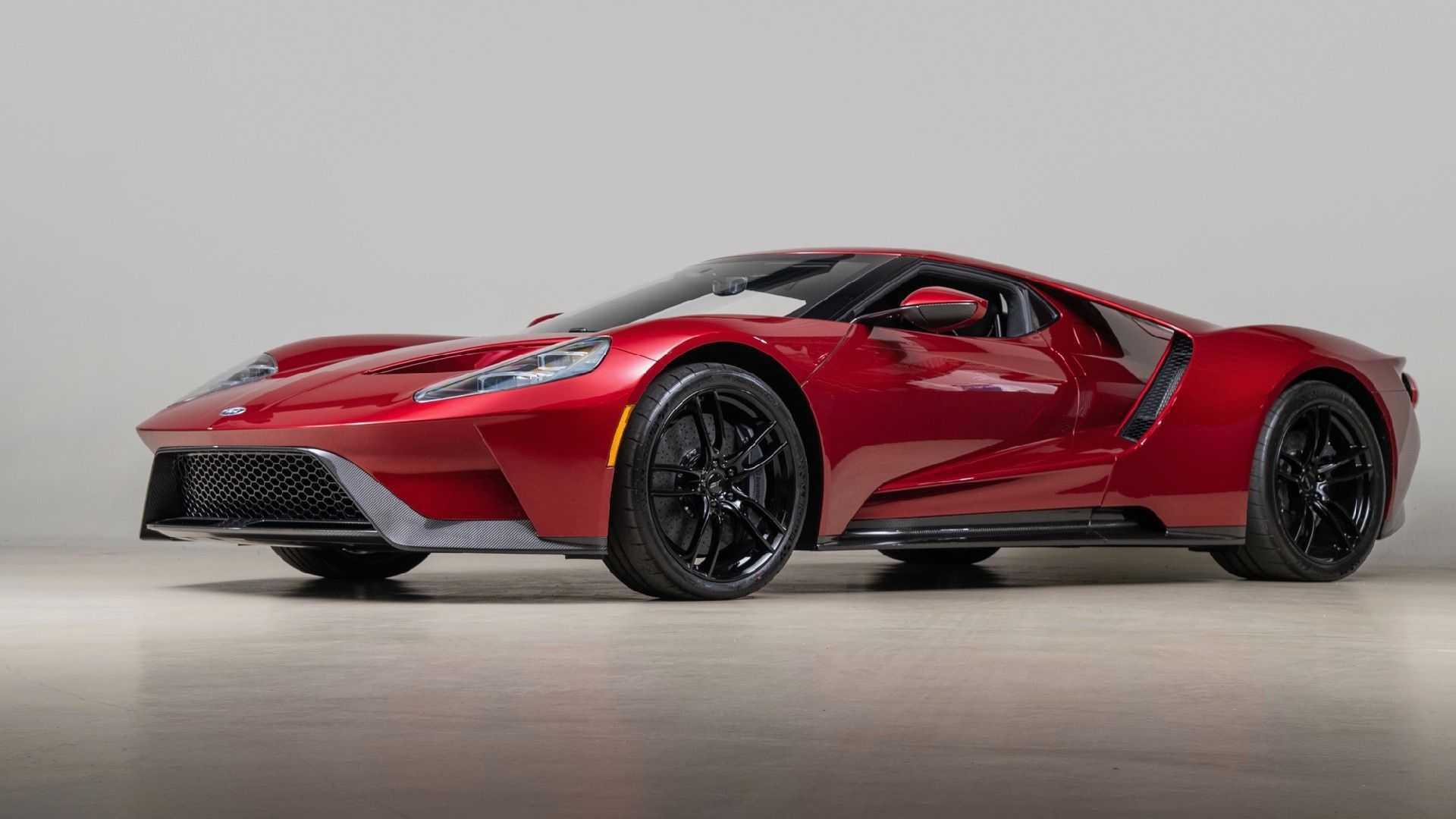 2017_Ford_GT_for_sale_0000