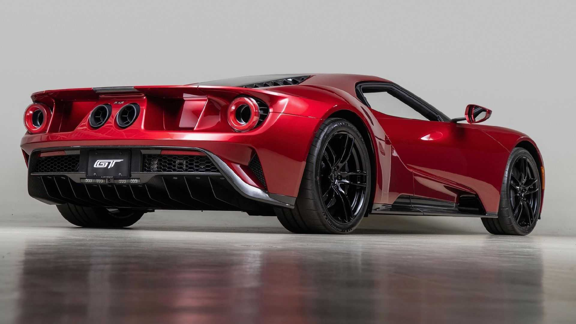 2017_Ford_GT_for_sale_0001