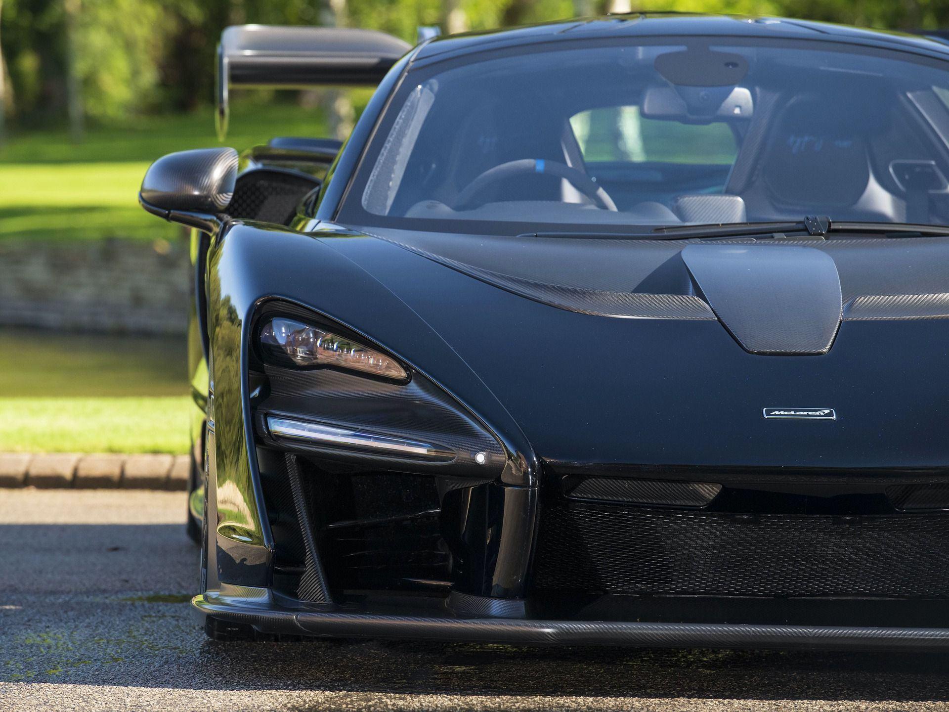 2019_McLaren_Senna_sale_0014