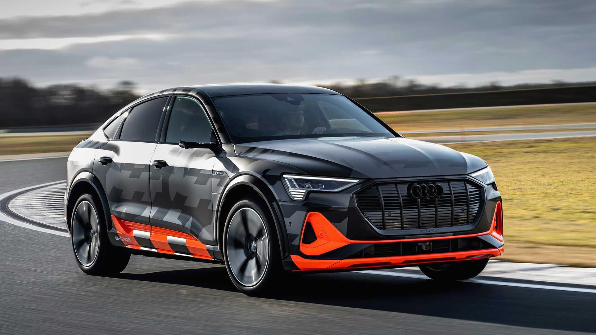 2020_Audi_e-tron_S_0000